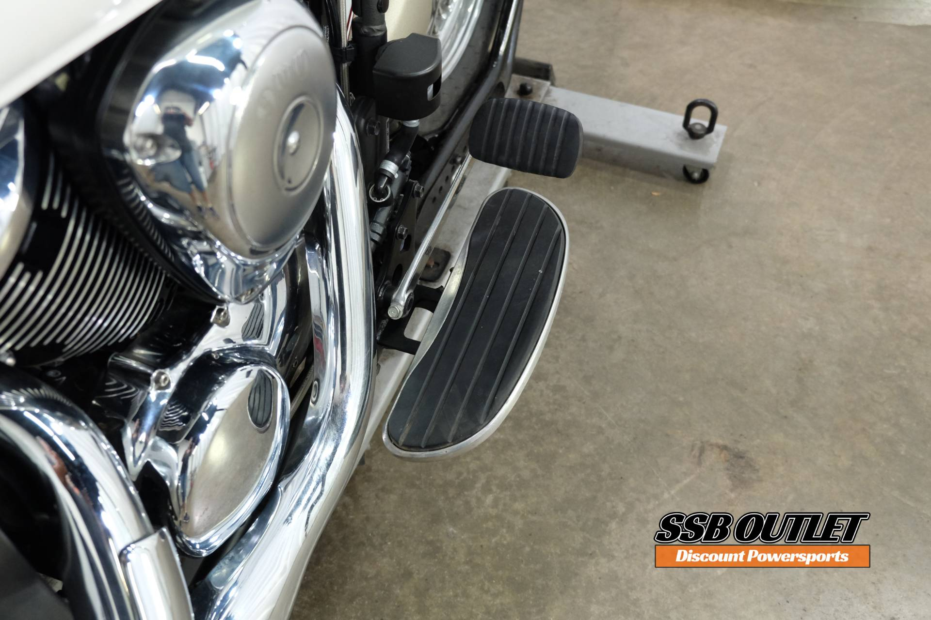 2008 Kawasaki Vulcan® 900 Classic LT in Eden Prairie, Minnesota - Photo 12