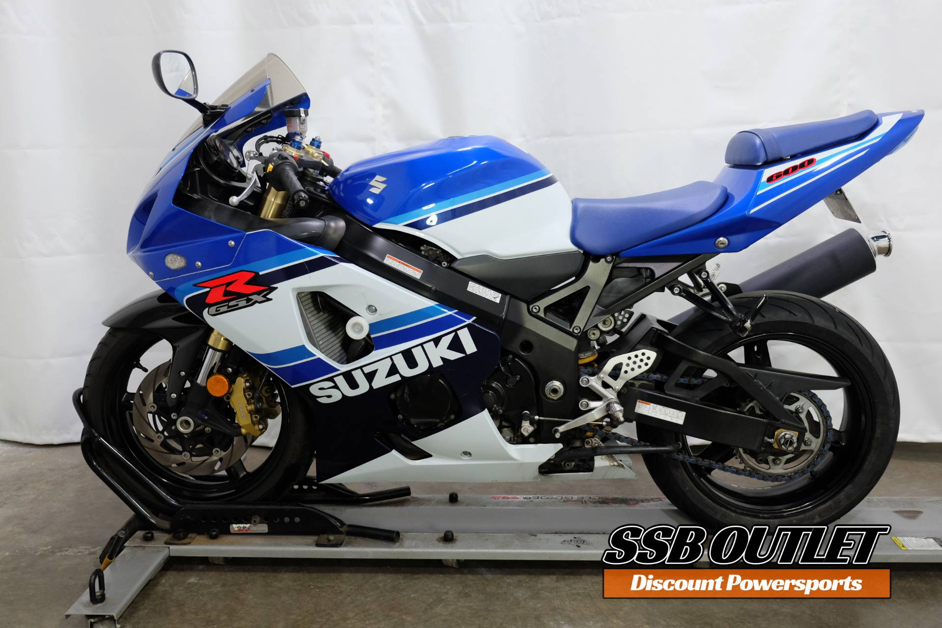 2005 Suzuki GSX-R600 20th Anniversary Edition in Eden Prairie, Minnesota - Photo 4