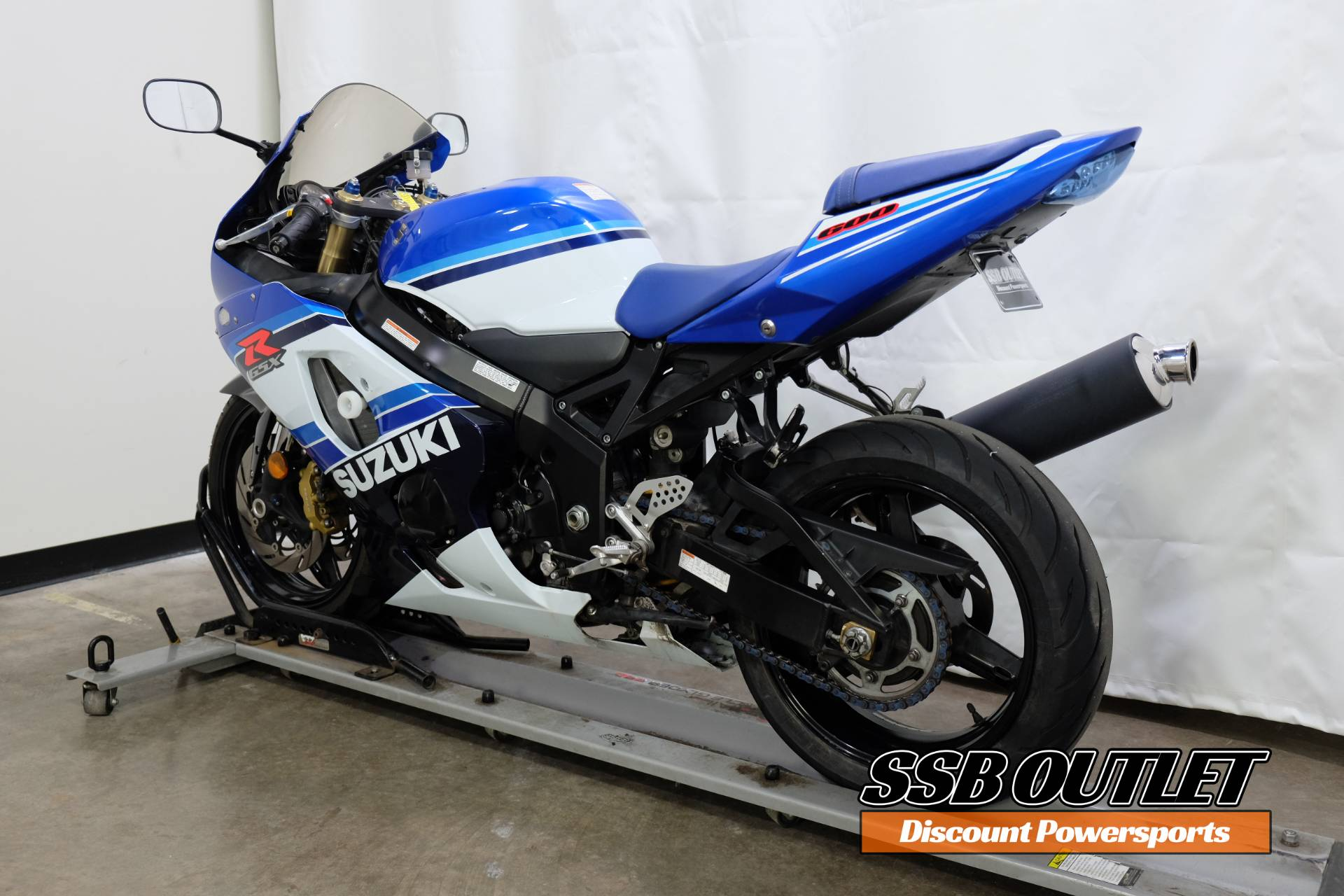 2005 Suzuki GSX-R600 20th Anniversary Edition in Eden Prairie, Minnesota - Photo 5