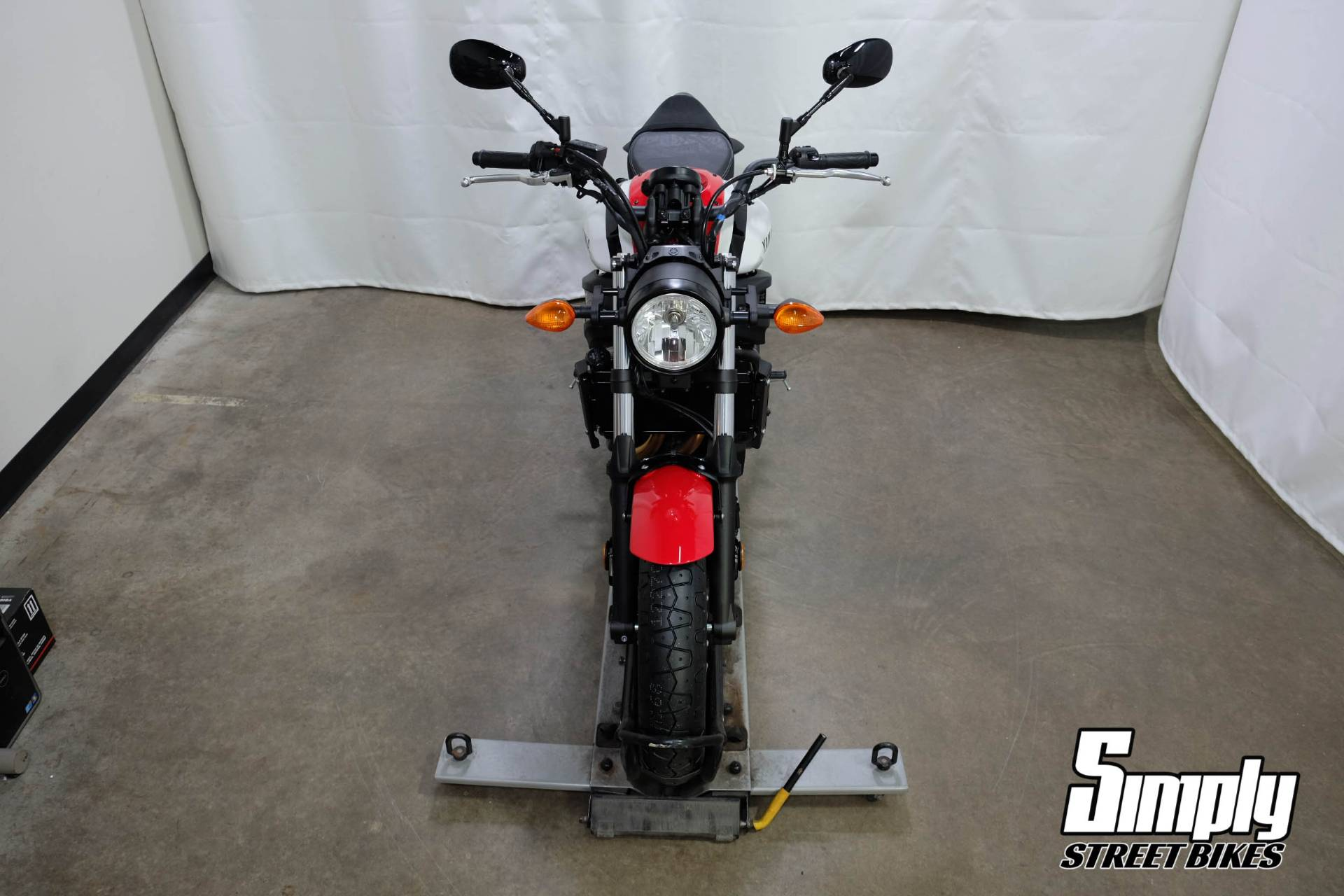 2020 Yamaha XSR700 in Eden Prairie, Minnesota - Photo 9