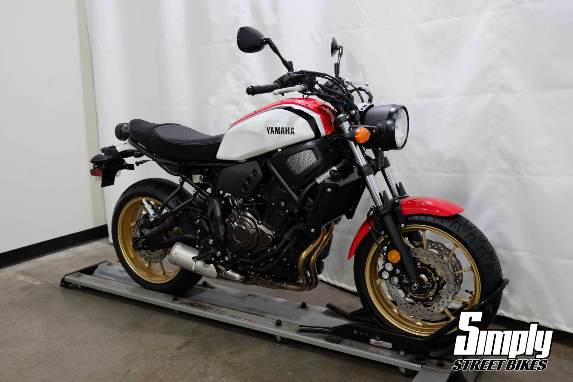 2020 Yamaha XSR700 in Eden Prairie, Minnesota - Photo 2