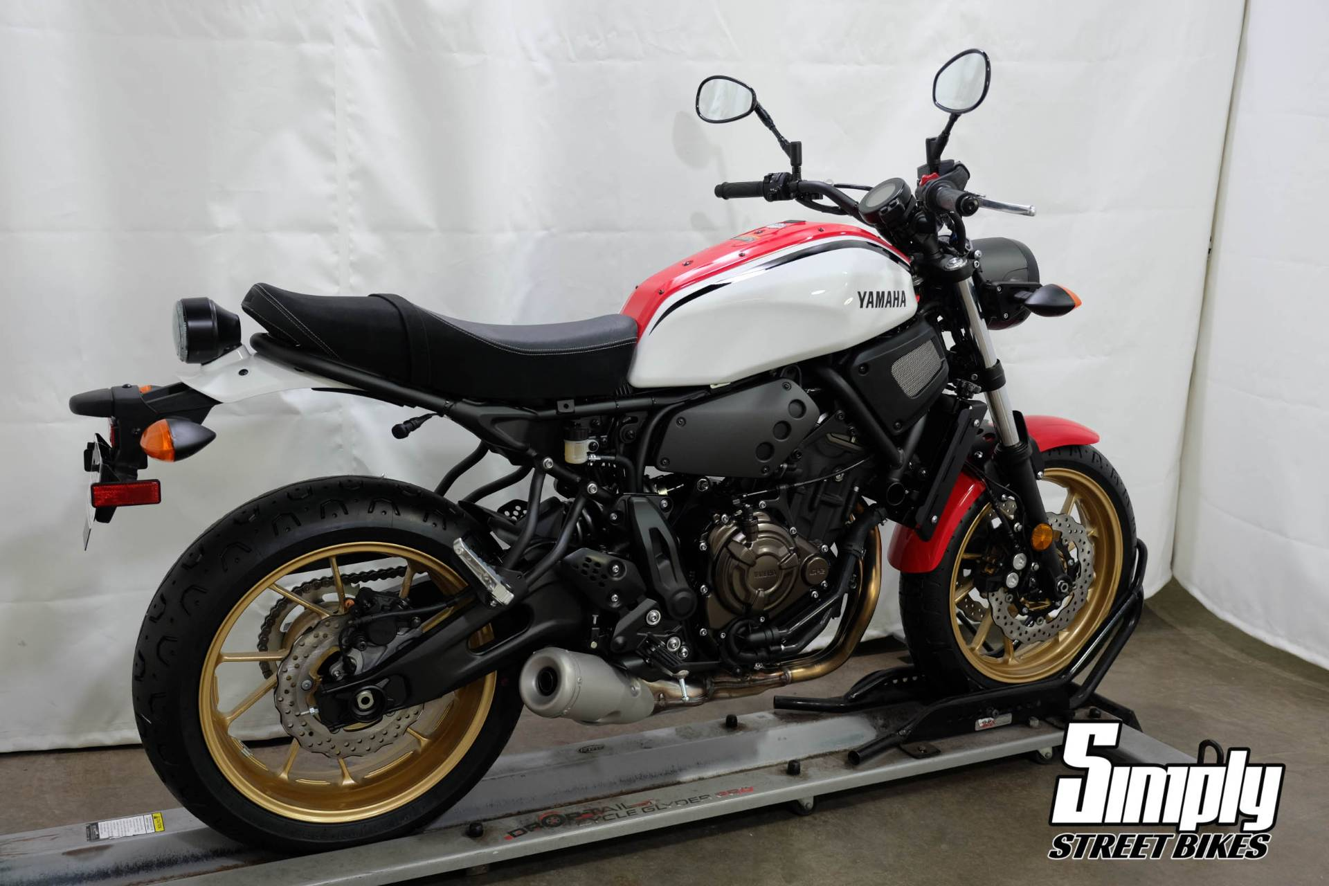 2020 Yamaha XSR700 in Eden Prairie, Minnesota - Photo 8