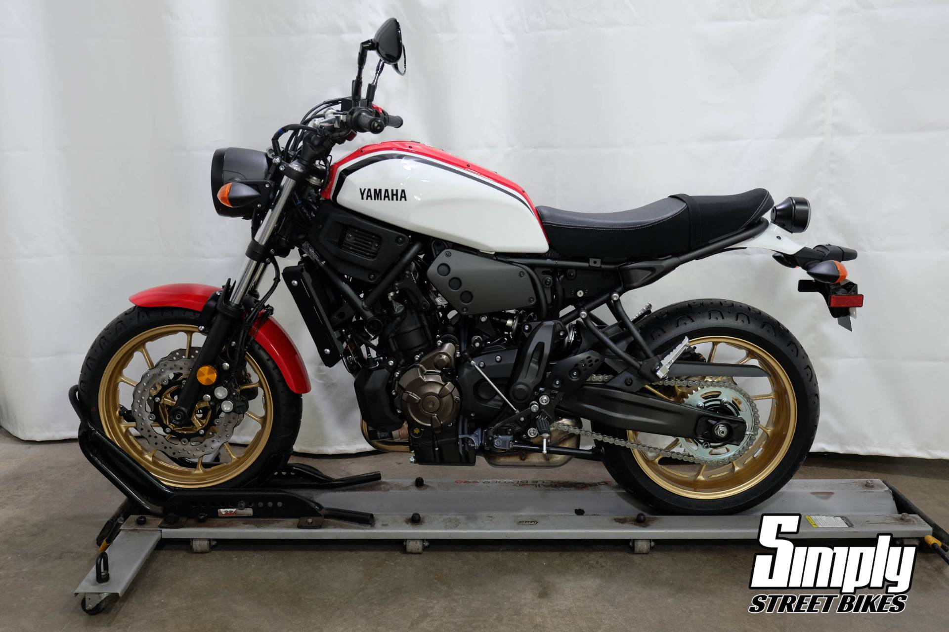 2020 Yamaha XSR700 in Eden Prairie, Minnesota - Photo 5