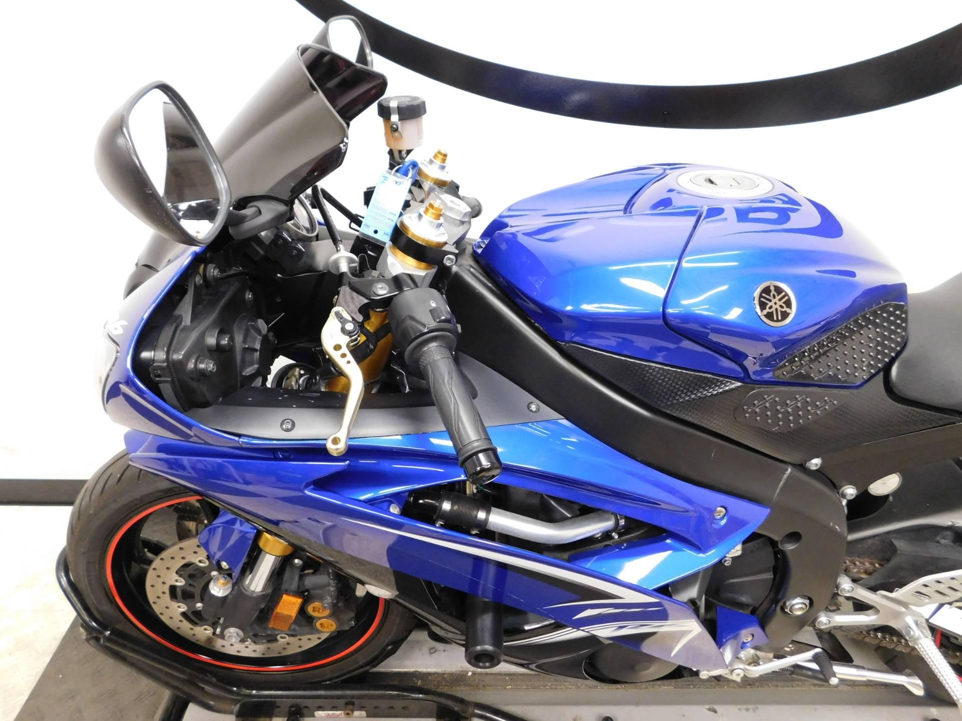 2009 Yamaha YZF-R6 9