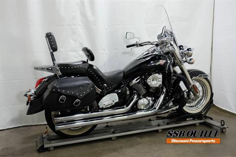 2007 Kawasaki Vulcan® 900 Classic in Eden Prairie, Minnesota - Photo 6