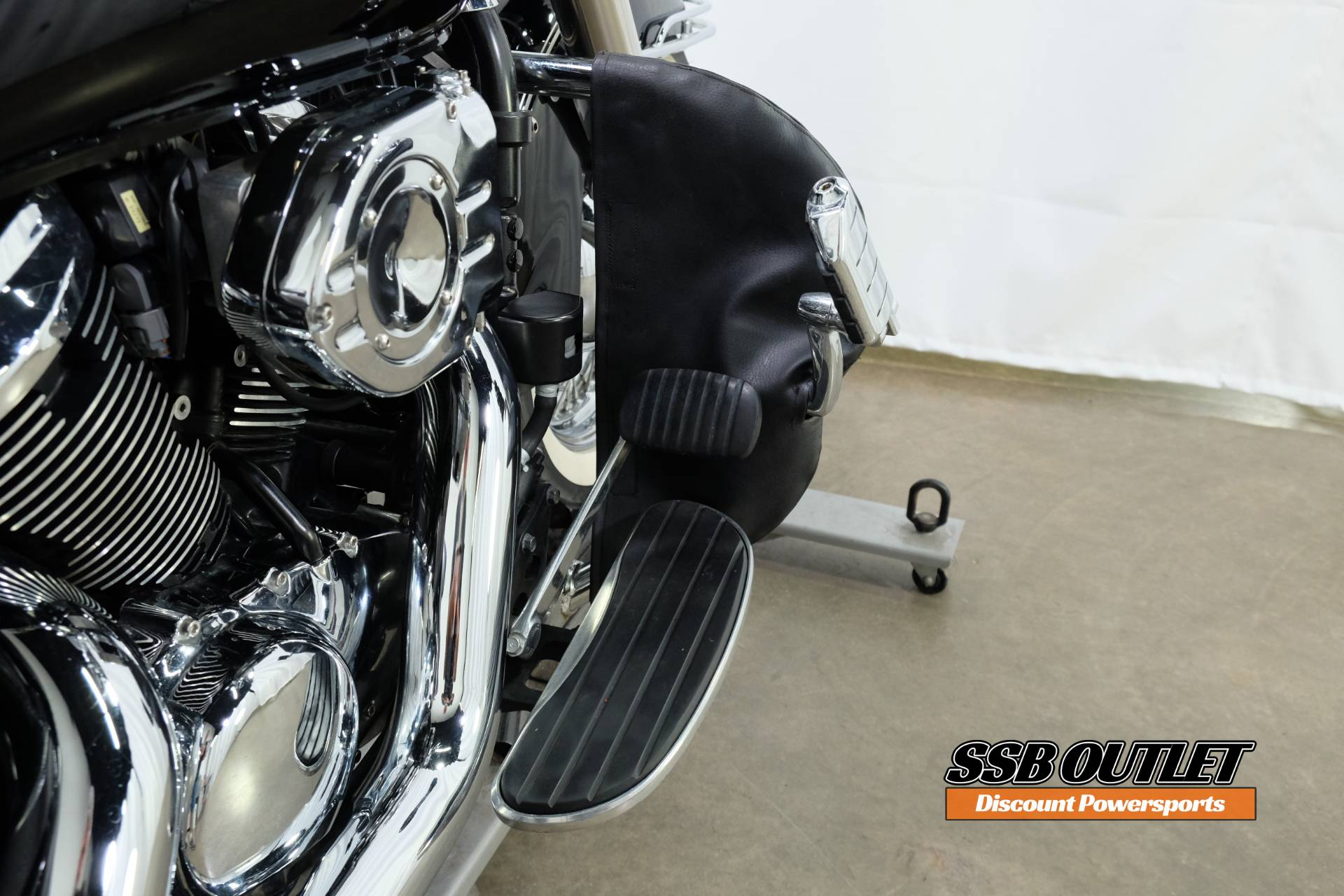 2007 Kawasaki Vulcan® 900 Classic in Eden Prairie, Minnesota - Photo 13