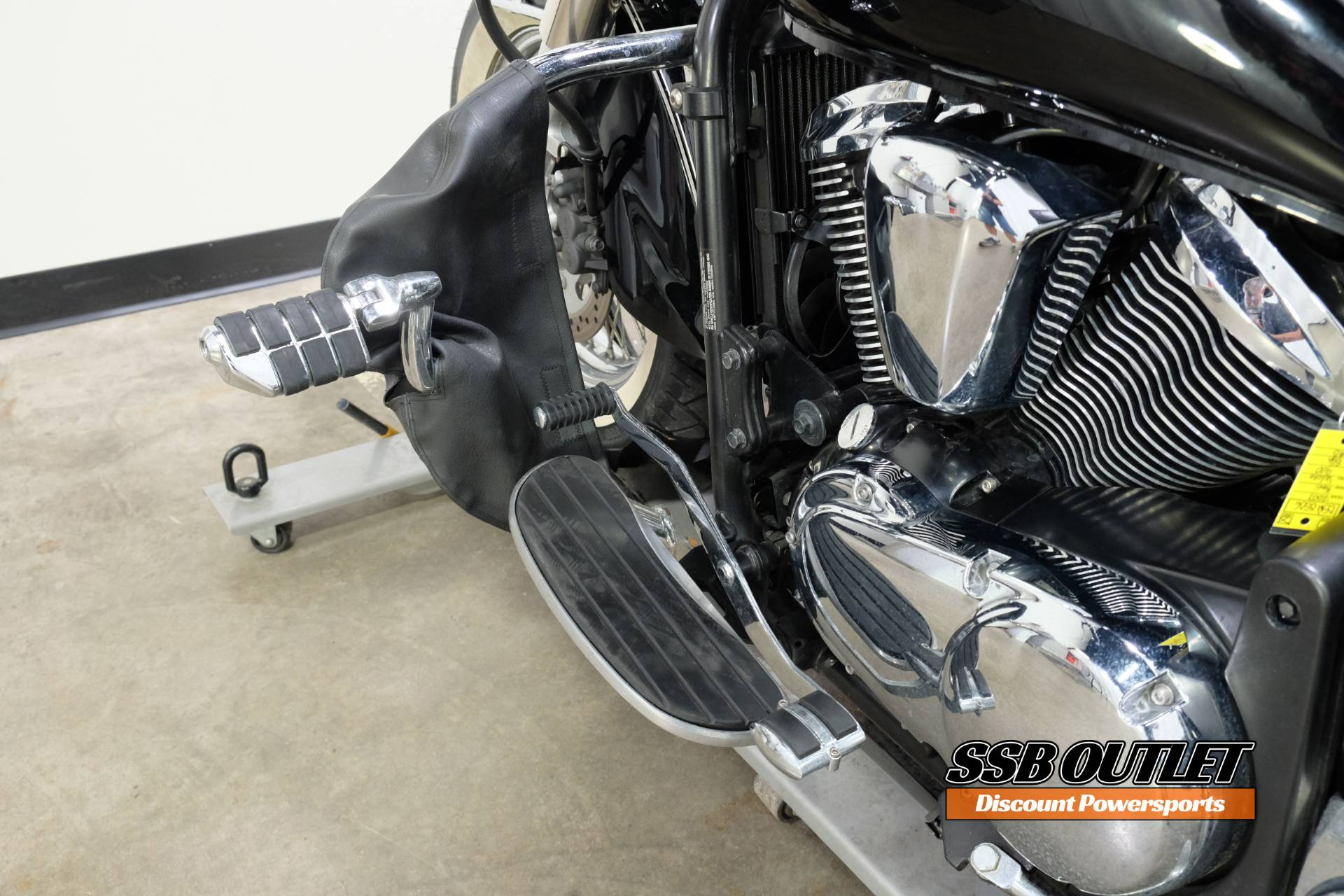 2007 Kawasaki Vulcan® 900 Classic in Eden Prairie, Minnesota - Photo 21
