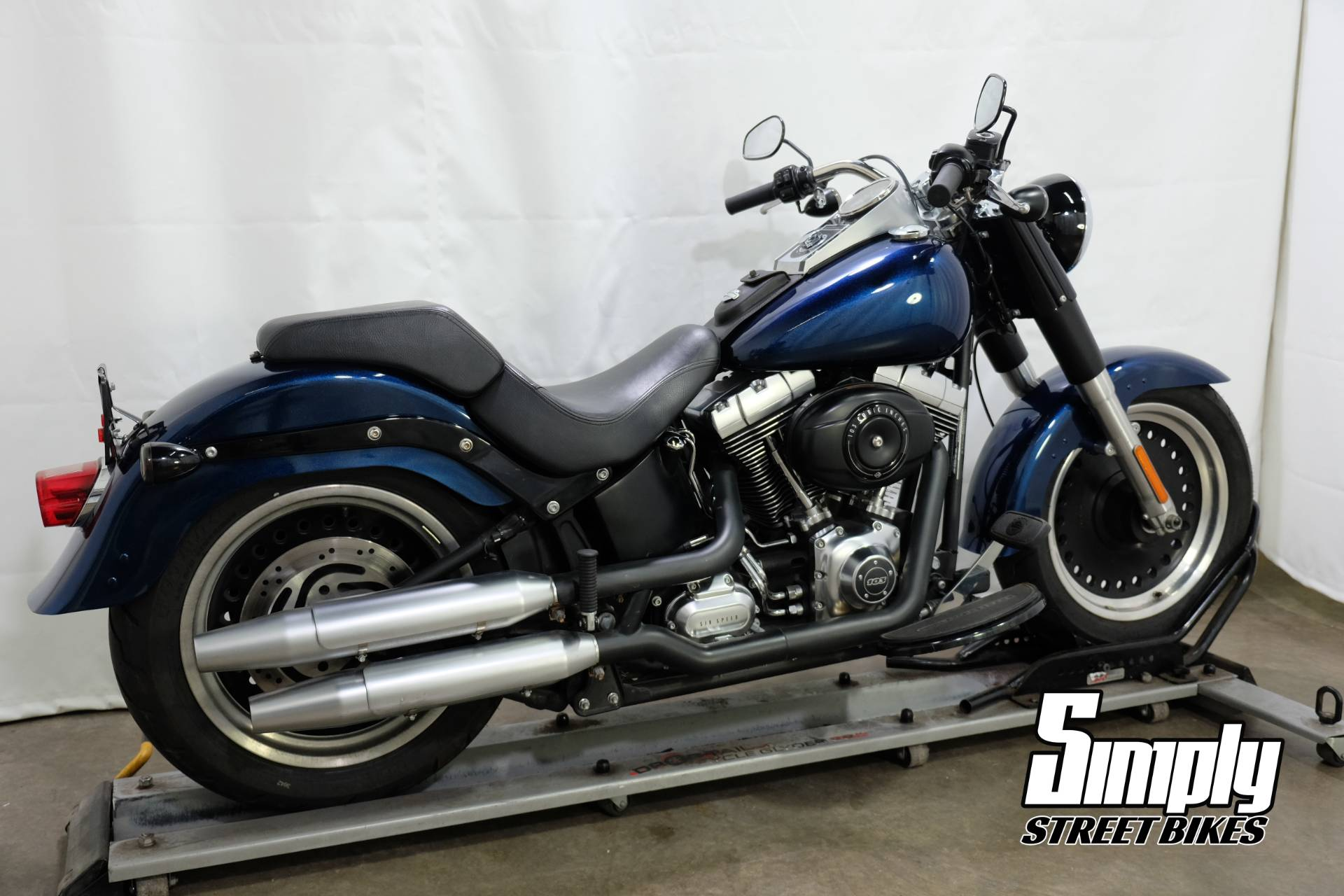 2012 Harley-Davidson Softail® Fat Boy® Lo in Eden Prairie, Minnesota - Photo 8