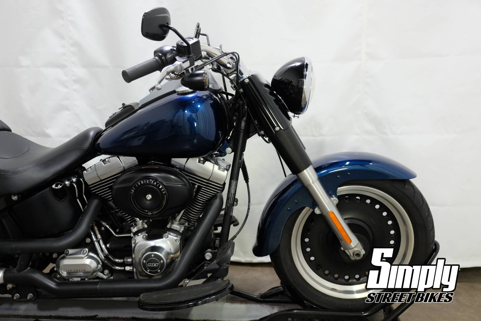 2012 Harley-Davidson Softail® Fat Boy® Lo in Eden Prairie, Minnesota - Photo 18