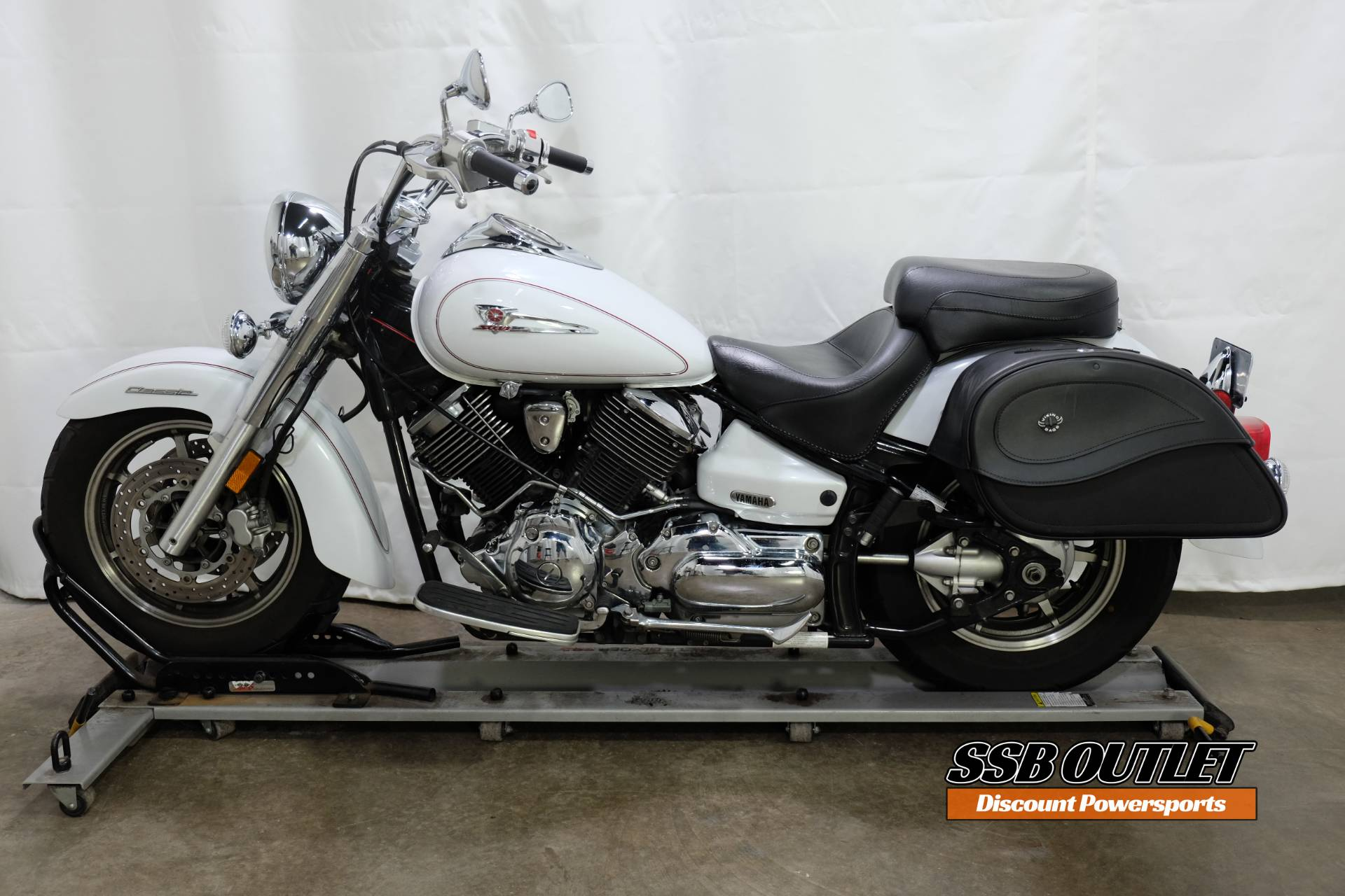 2005 Yamaha V Star® 1100 Classic in Eden Prairie, Minnesota - Photo 4