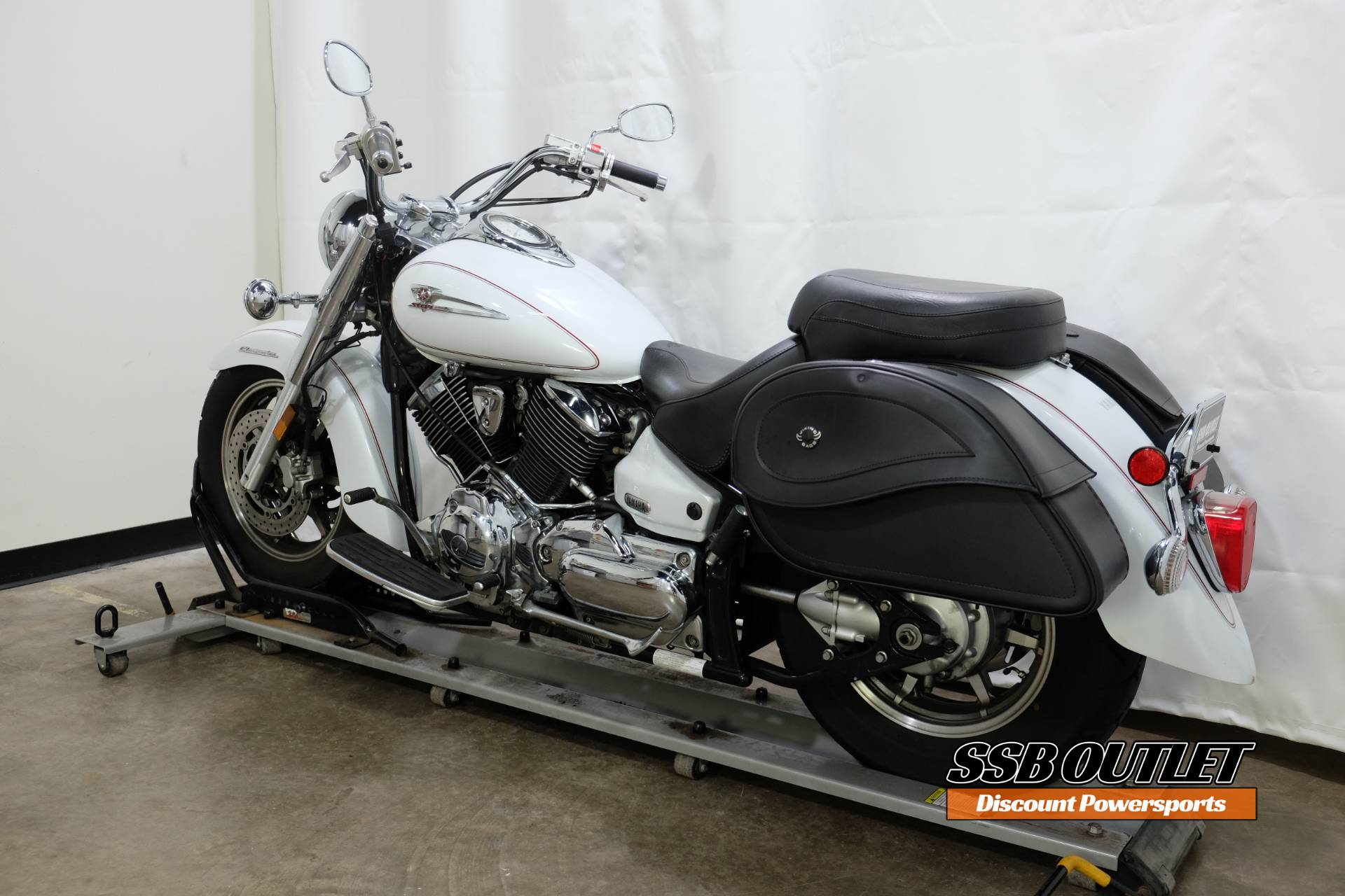 2005 Yamaha V Star® 1100 Classic in Eden Prairie, Minnesota - Photo 5
