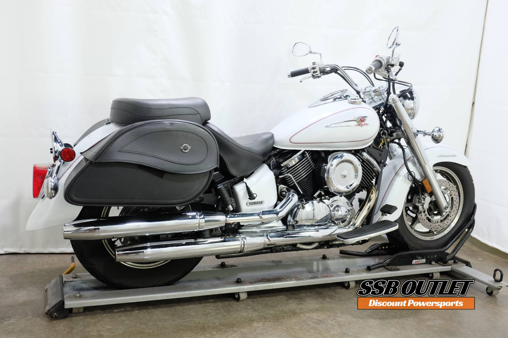 2005 Yamaha V Star® 1100 Classic in Eden Prairie, Minnesota - Photo 6