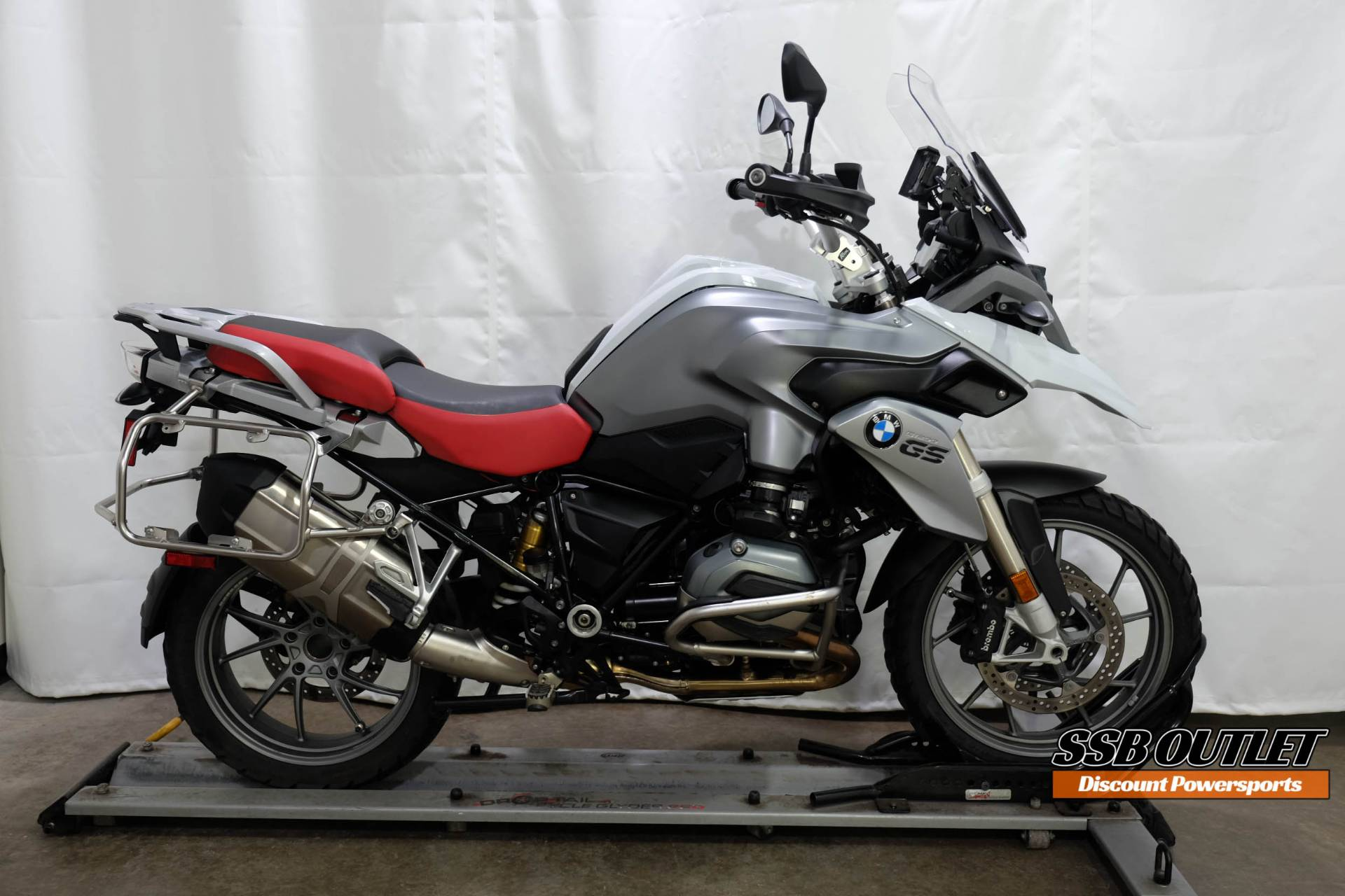 2016 BMW R 1200 GS in Eden Prairie, Minnesota - Photo 1