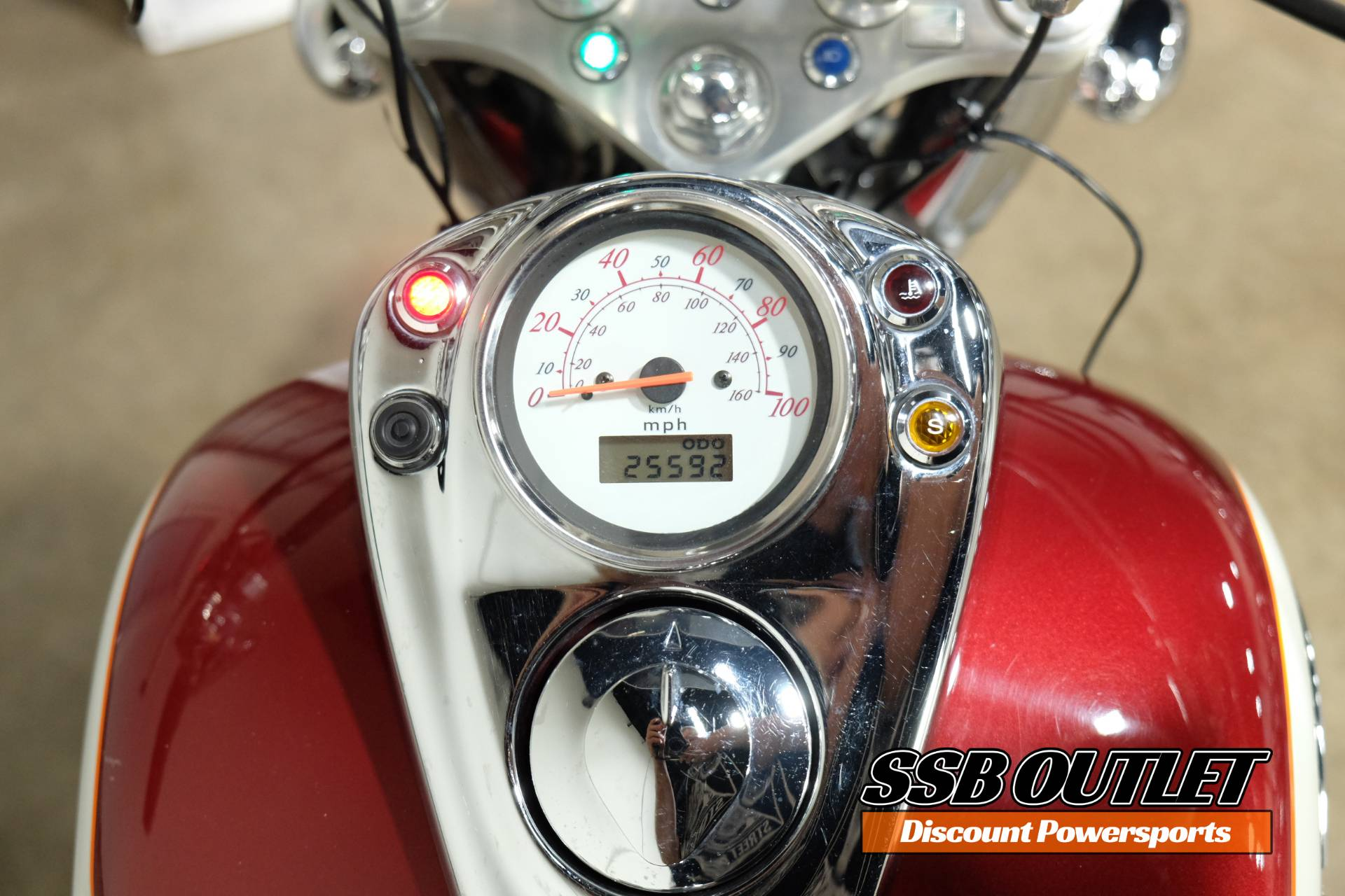 2001 Honda Shadow Ace 750 Deluxe in Eden Prairie, Minnesota - Photo 8