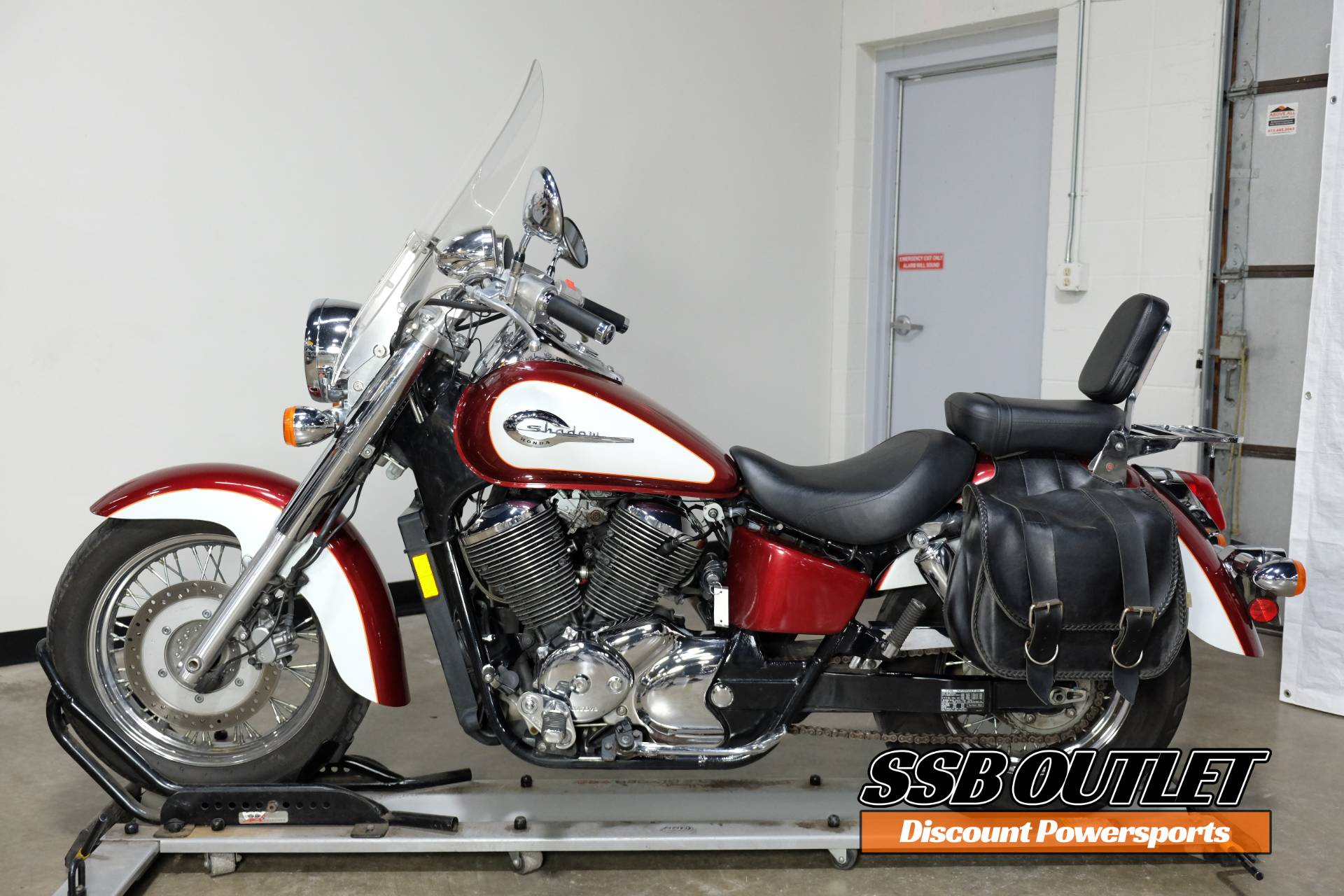 2001 Honda Shadow Ace 750 Deluxe in Eden Prairie, Minnesota - Photo 3