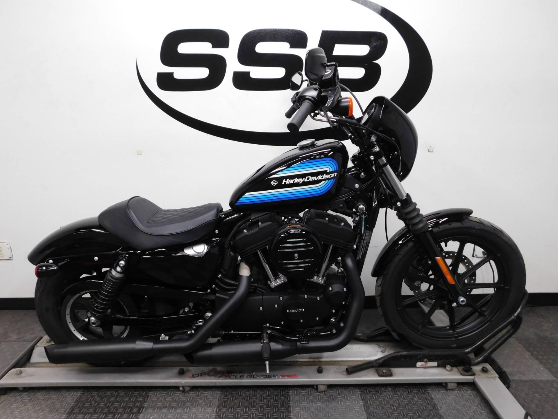 2018 Harley-Davidson Iron 1200™ in Eden Prairie, Minnesota