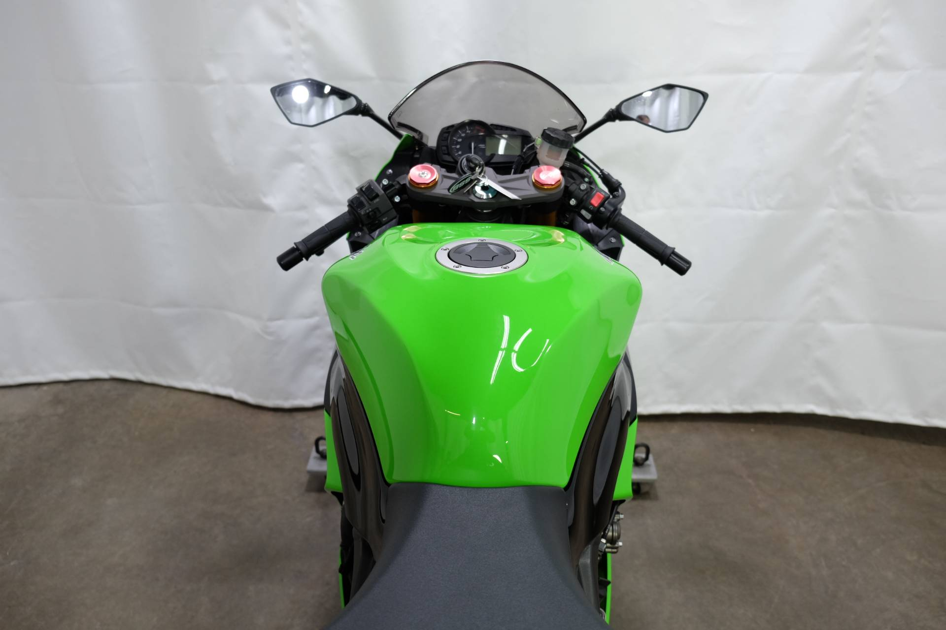 2013 Kawasaki Ninja® ZX™-6R in Eden Prairie, Minnesota - Photo 22