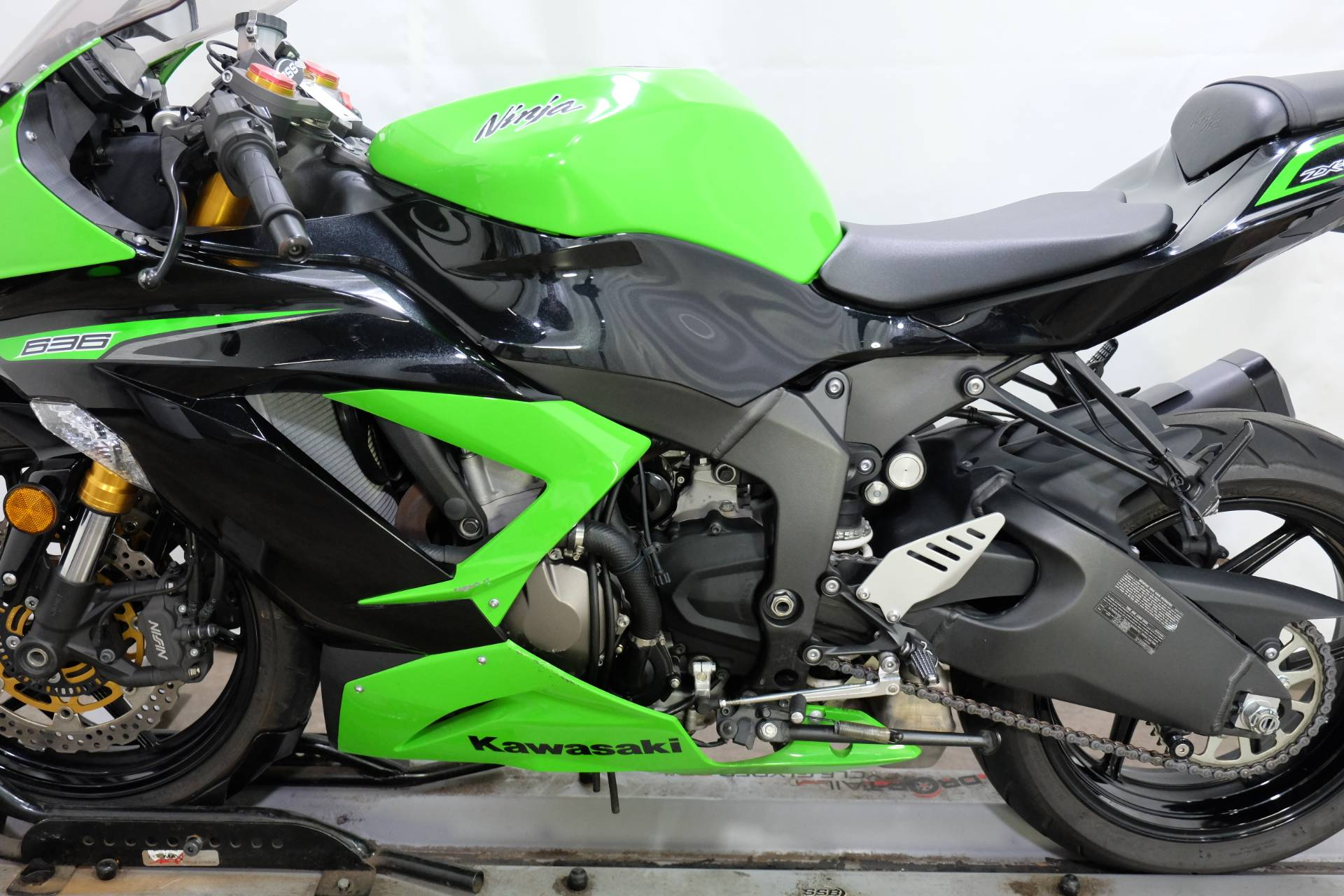 2013 Kawasaki Ninja® ZX™-6R in Eden Prairie, Minnesota - Photo 30