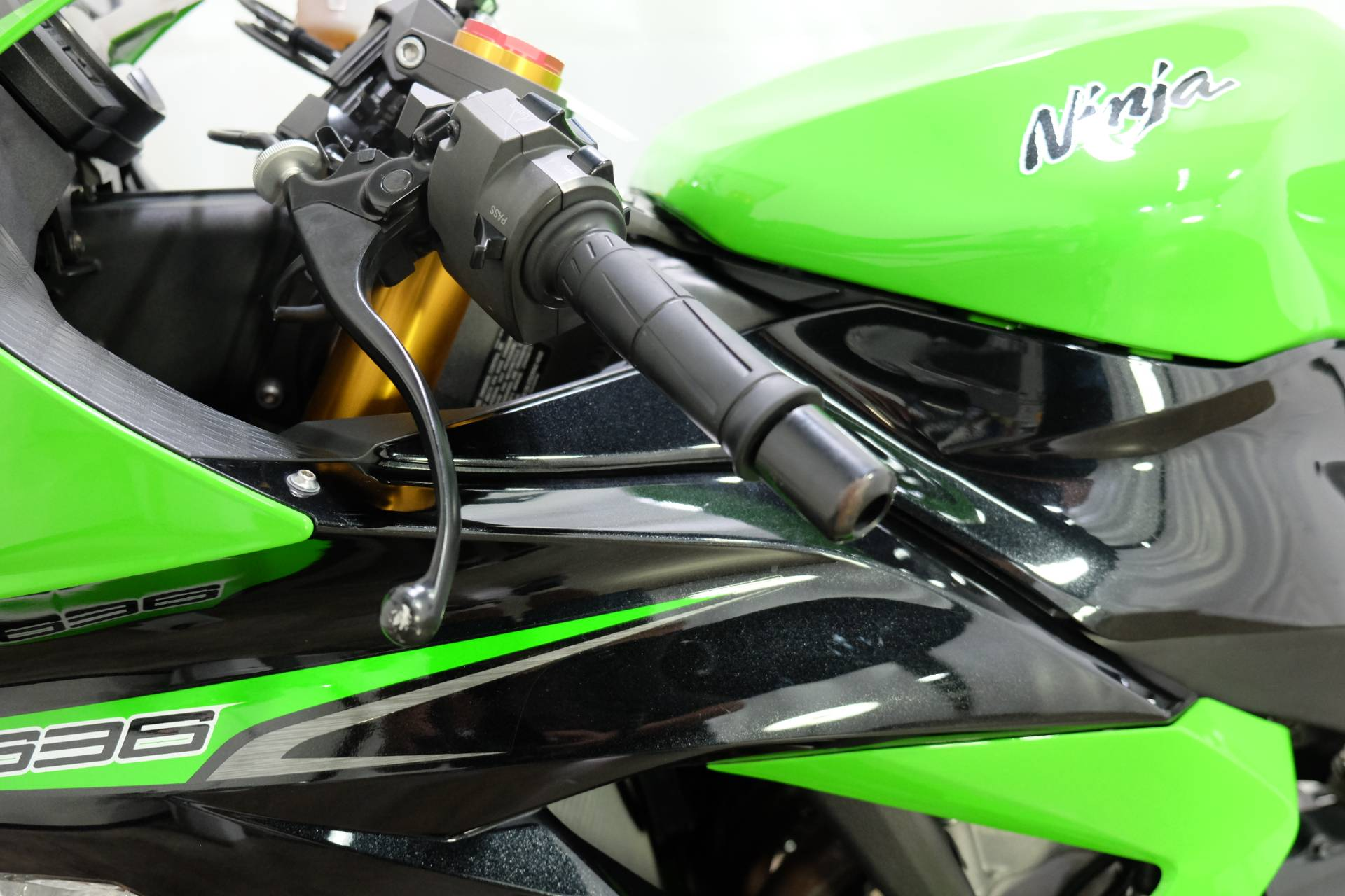 2013 Kawasaki Ninja® ZX™-6R in Eden Prairie, Minnesota - Photo 39