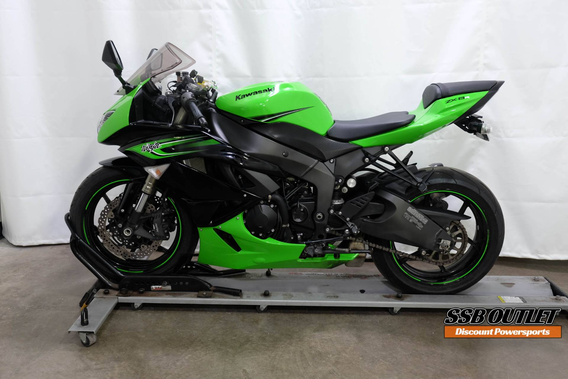2011 Kawasaki Ninja® ZX™-6R in Eden Prairie, Minnesota - Photo 4
