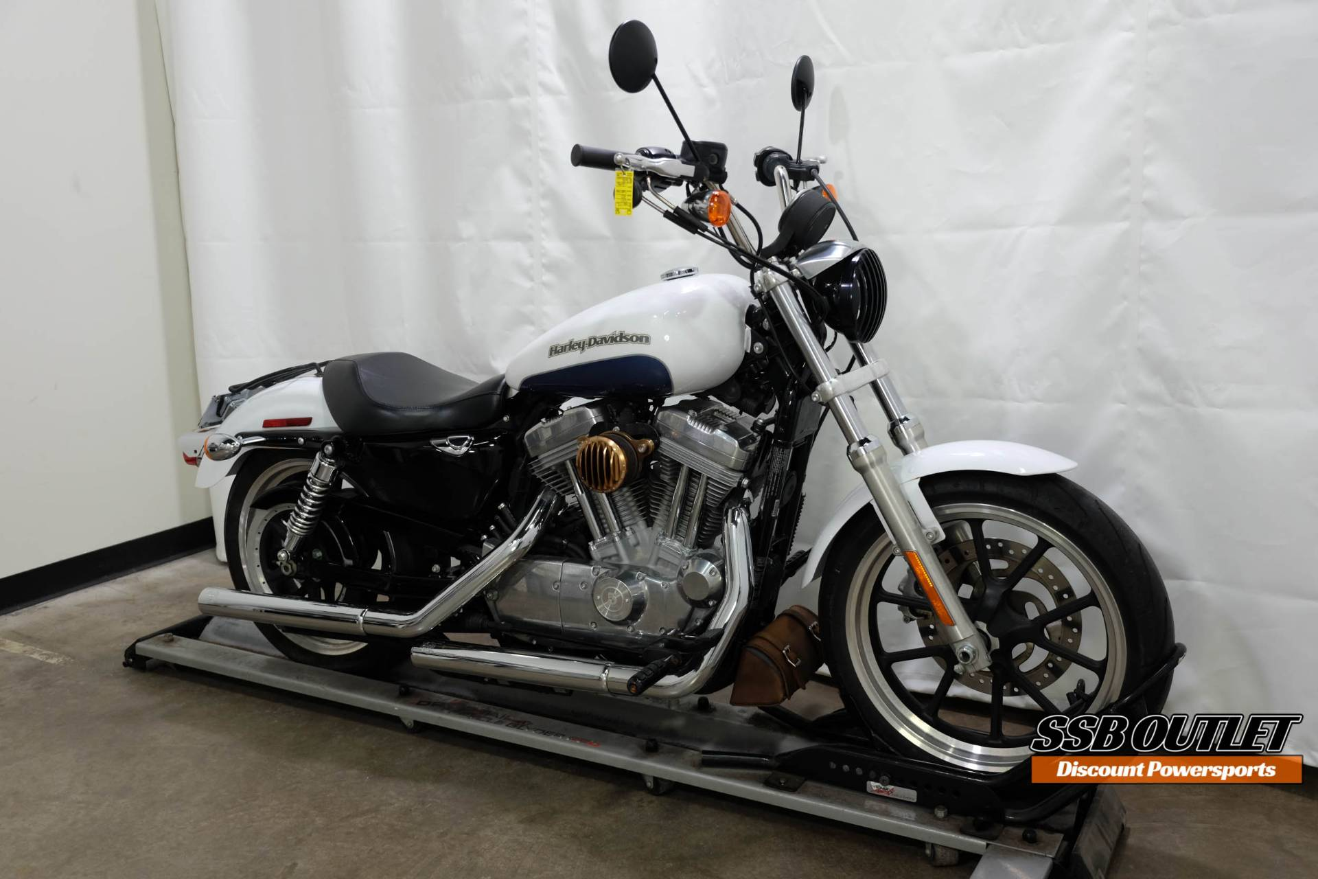 2015 Harley-Davidson SuperLow® in Eden Prairie, Minnesota - Photo 2
