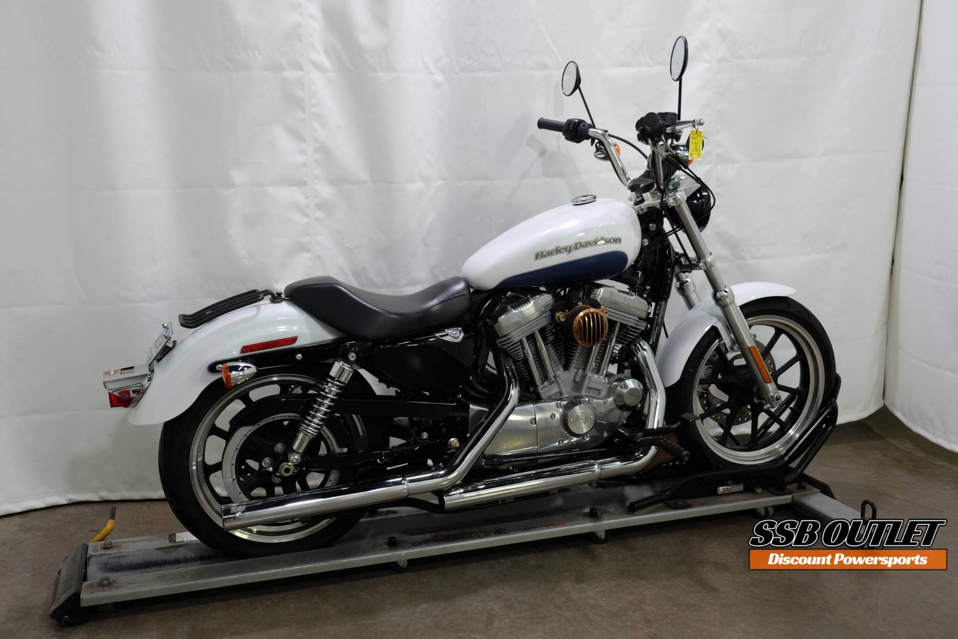 2015 Harley-Davidson SuperLow® in Eden Prairie, Minnesota - Photo 6