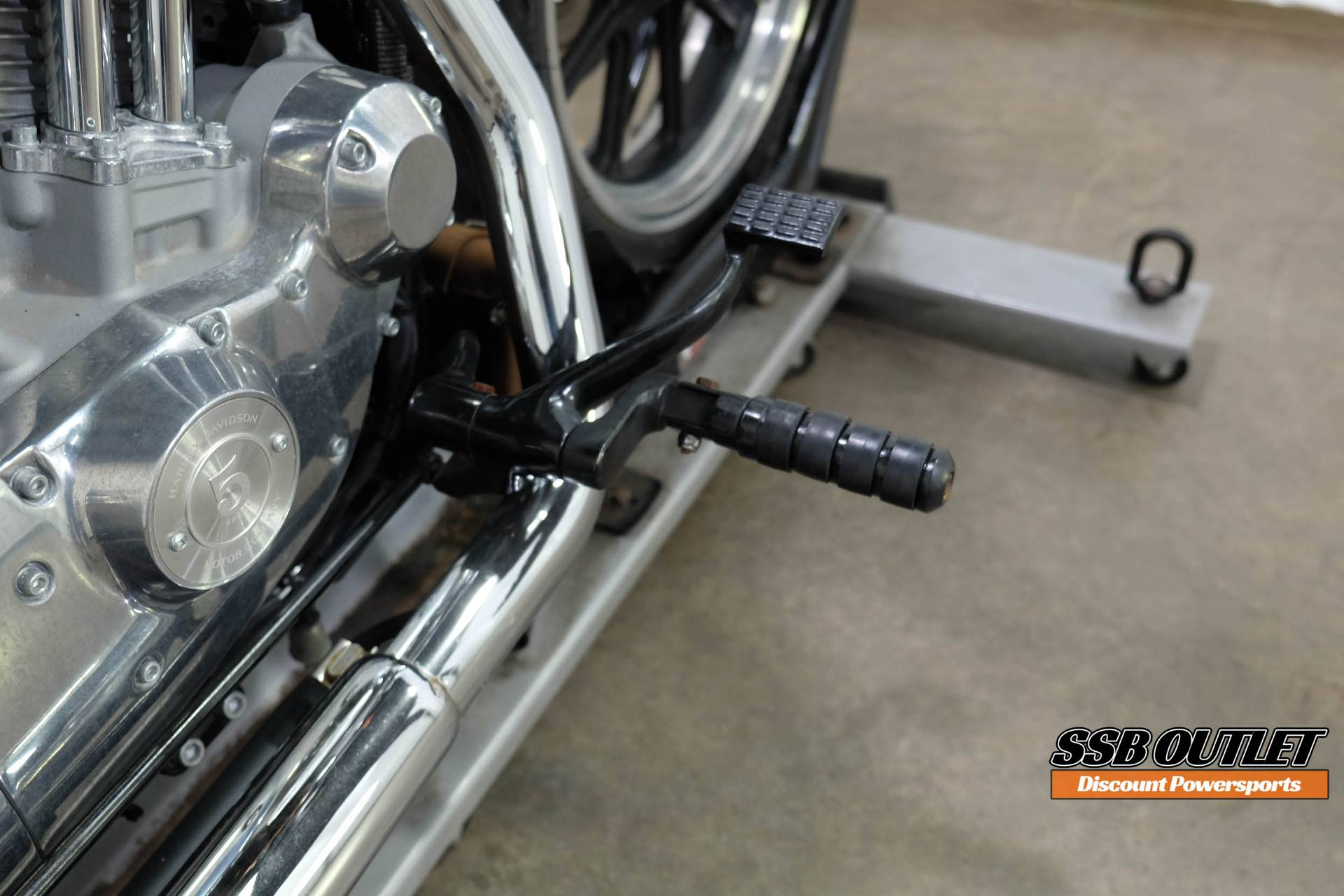2015 Harley-Davidson SuperLow® in Eden Prairie, Minnesota - Photo 18