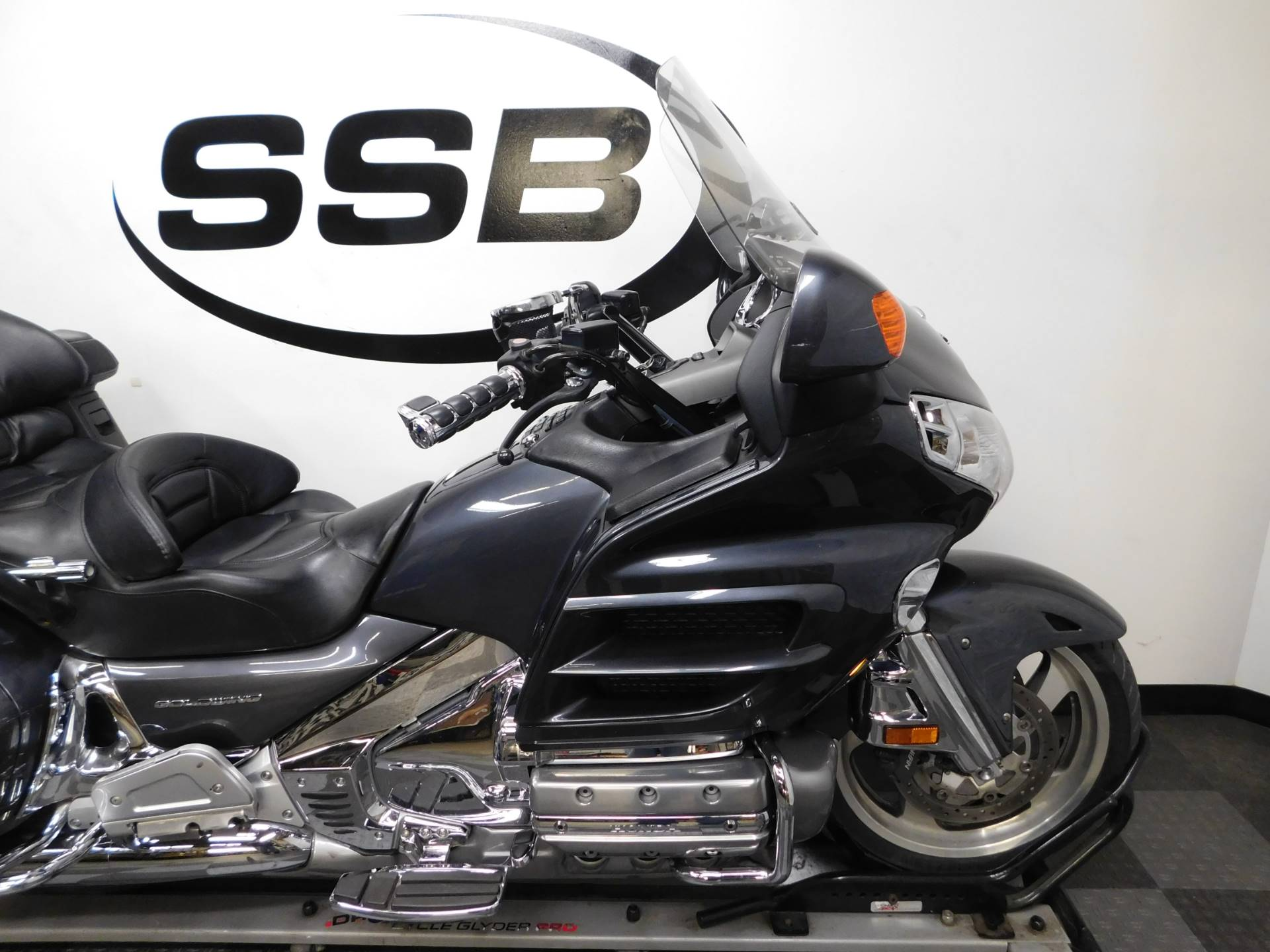 2005 Honda Gold Wing® in Eden Prairie, Minnesota - Photo 37