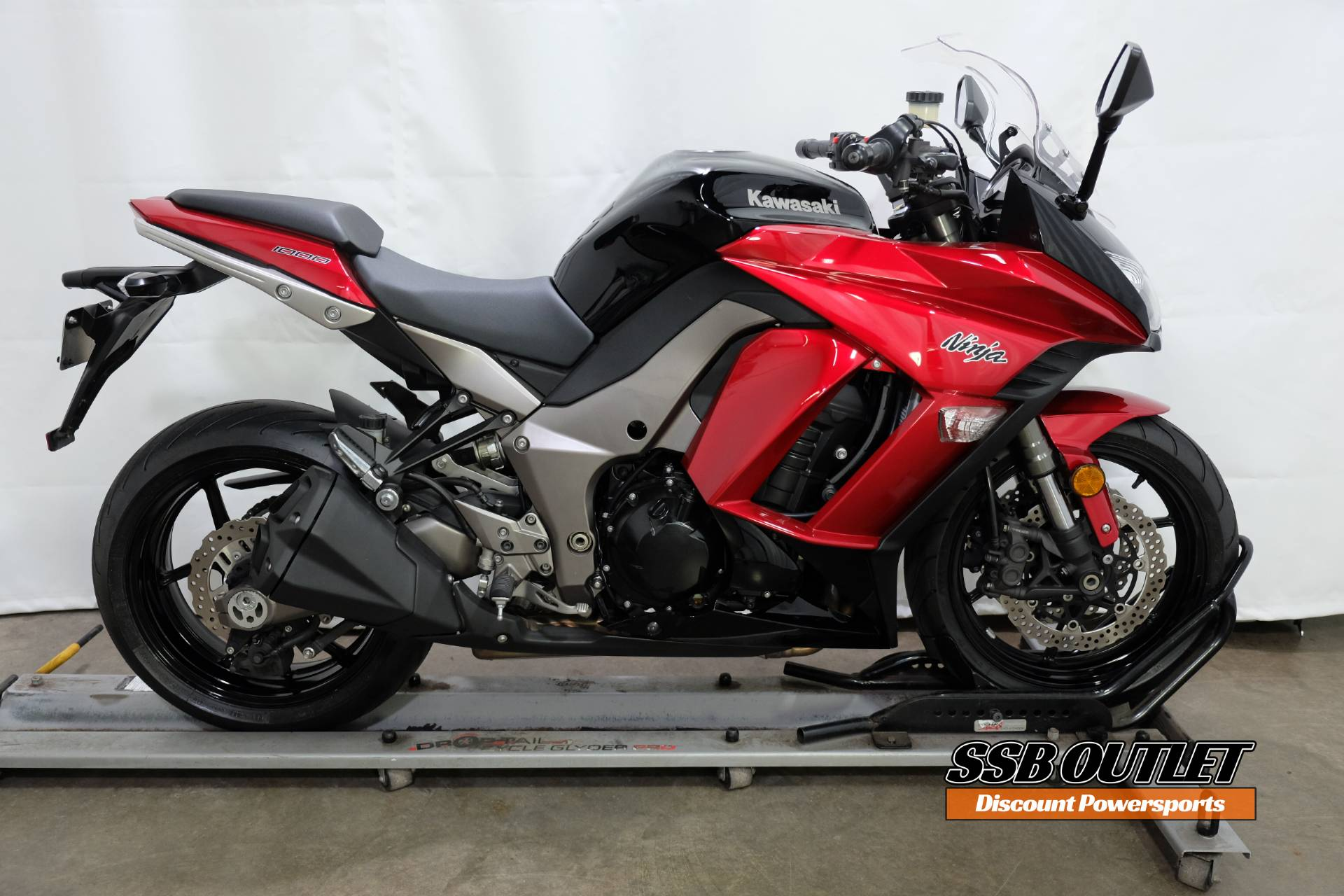 2011 Kawasaki Ninja® 1000 in Eden Prairie, Minnesota - Photo 1