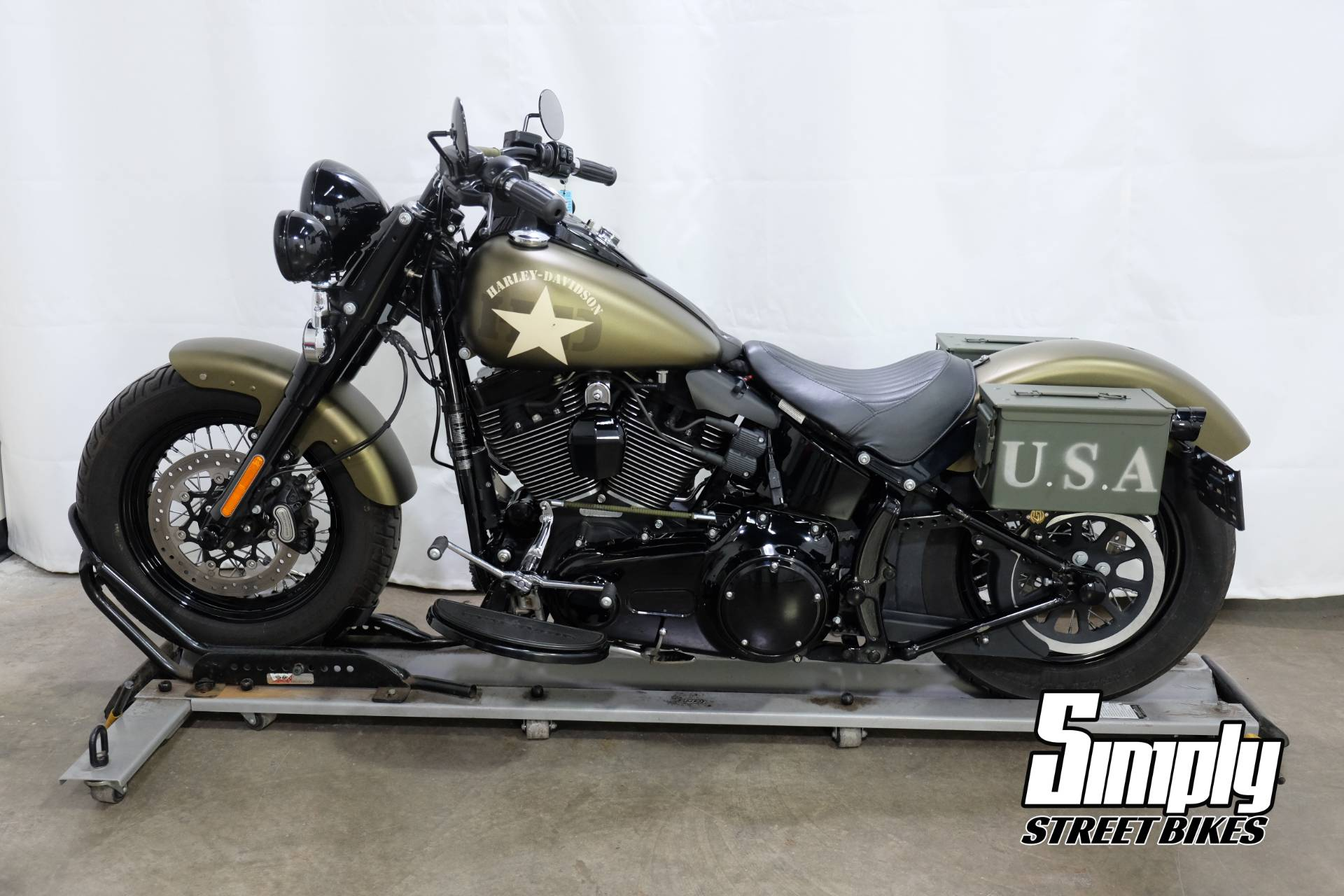 2016 Harley-Davidson Softail Slim® S in Eden Prairie, Minnesota - Photo 5