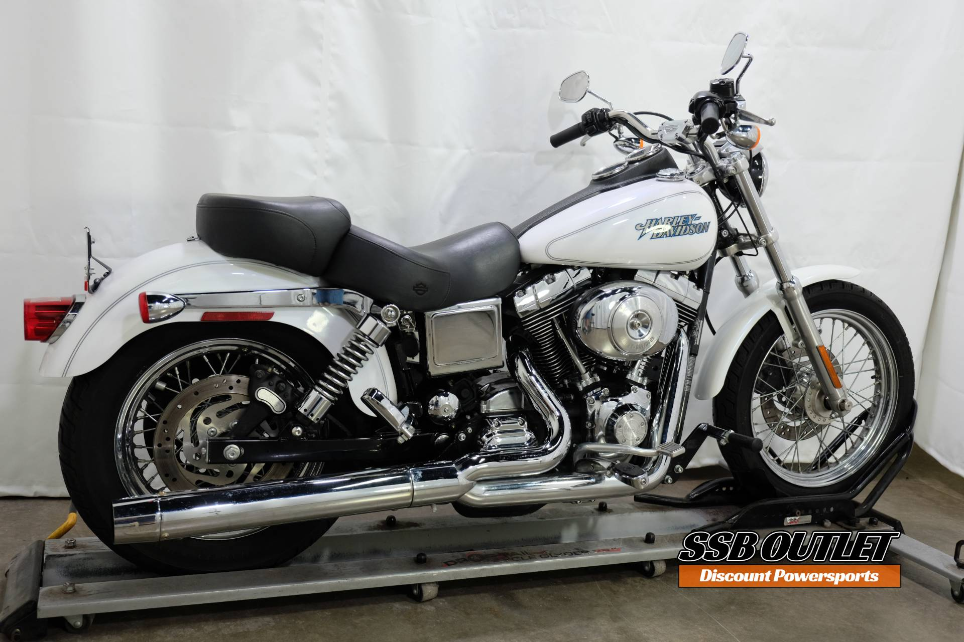 2004 Harley-Davidson FXDL/FXDLI Dyna Low Rider® in Eden Prairie, Minnesota - Photo 6