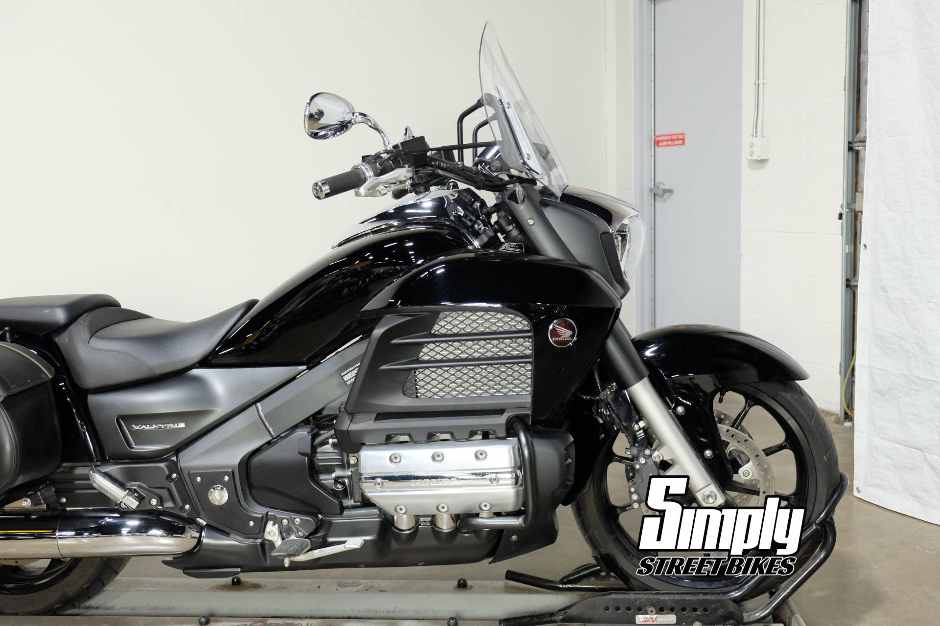 2014 Honda Gold Wing® Valkyrie® in Eden Prairie, Minnesota - Photo 17