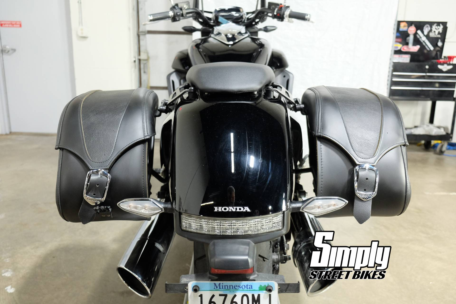 2014 Honda Gold Wing® Valkyrie® in Eden Prairie, Minnesota - Photo 27