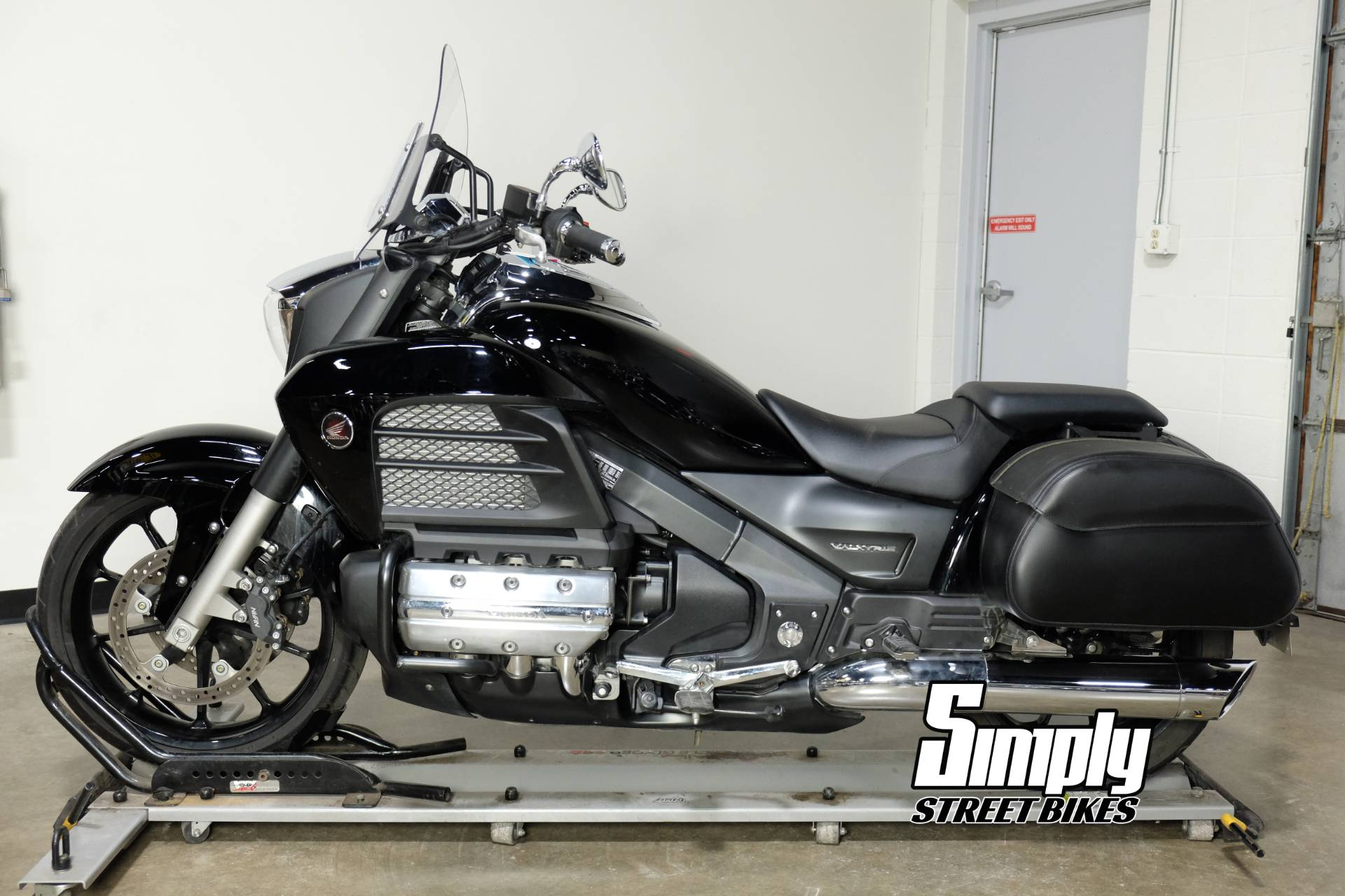 2014 Honda Gold Wing® Valkyrie® in Eden Prairie, Minnesota - Photo 5