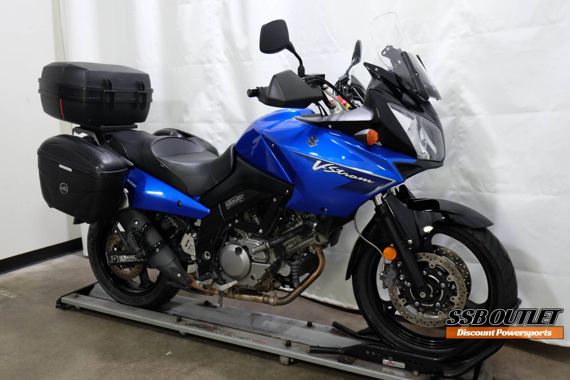 2007 Suzuki V-Strom® 650 in Eden Prairie, Minnesota - Photo 2