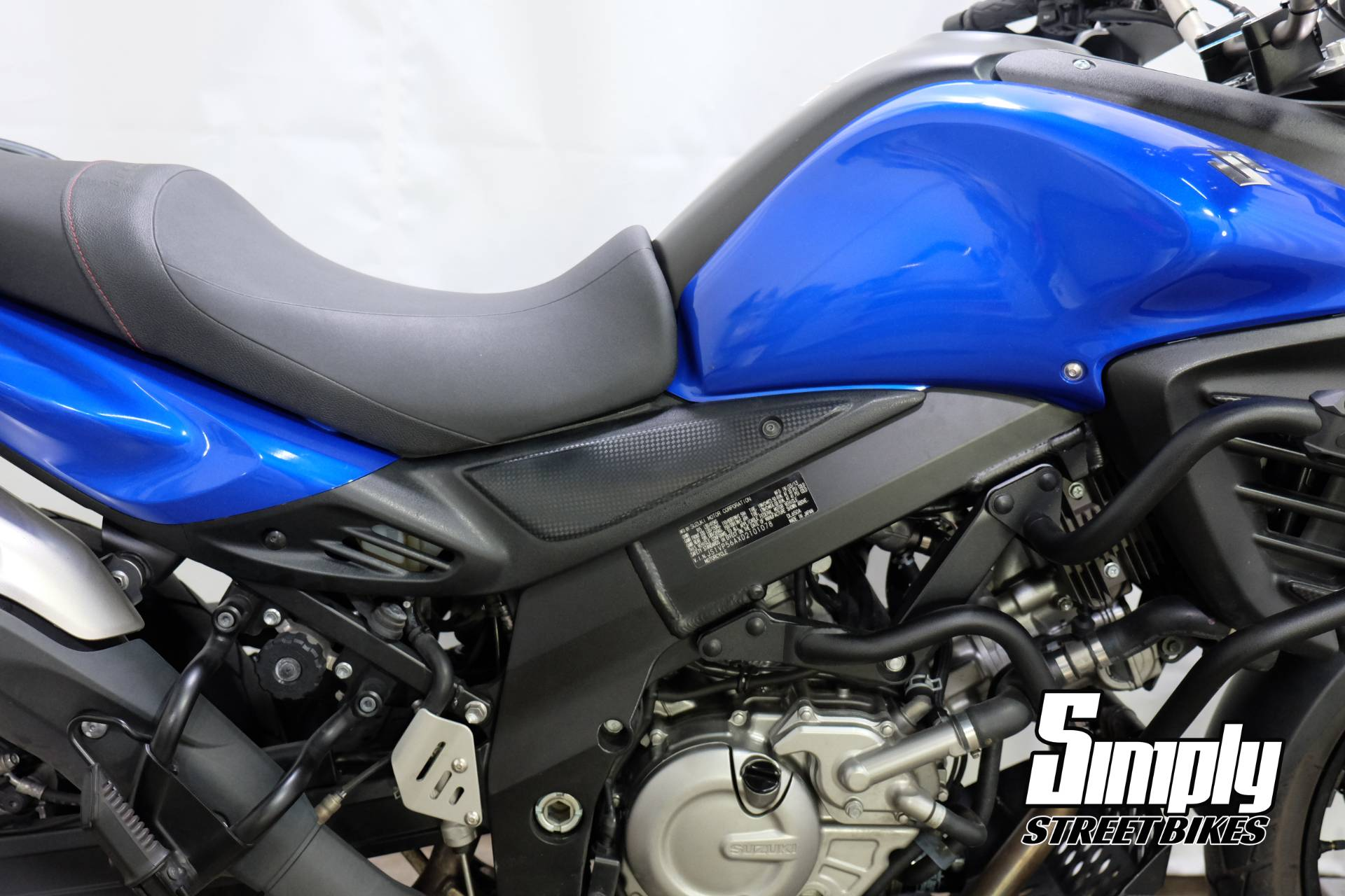2013 Suzuki V-Strom 650 ABS in Eden Prairie, Minnesota - Photo 13