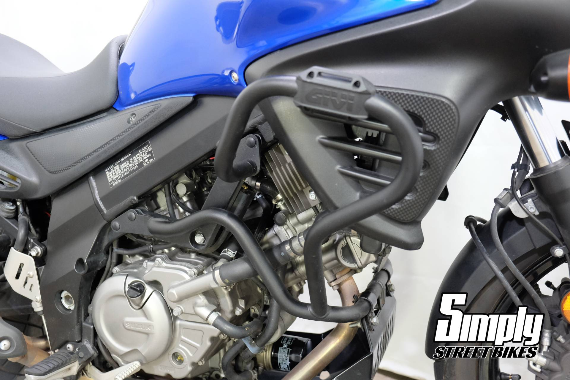 2013 Suzuki V-Strom 650 ABS in Eden Prairie, Minnesota - Photo 19