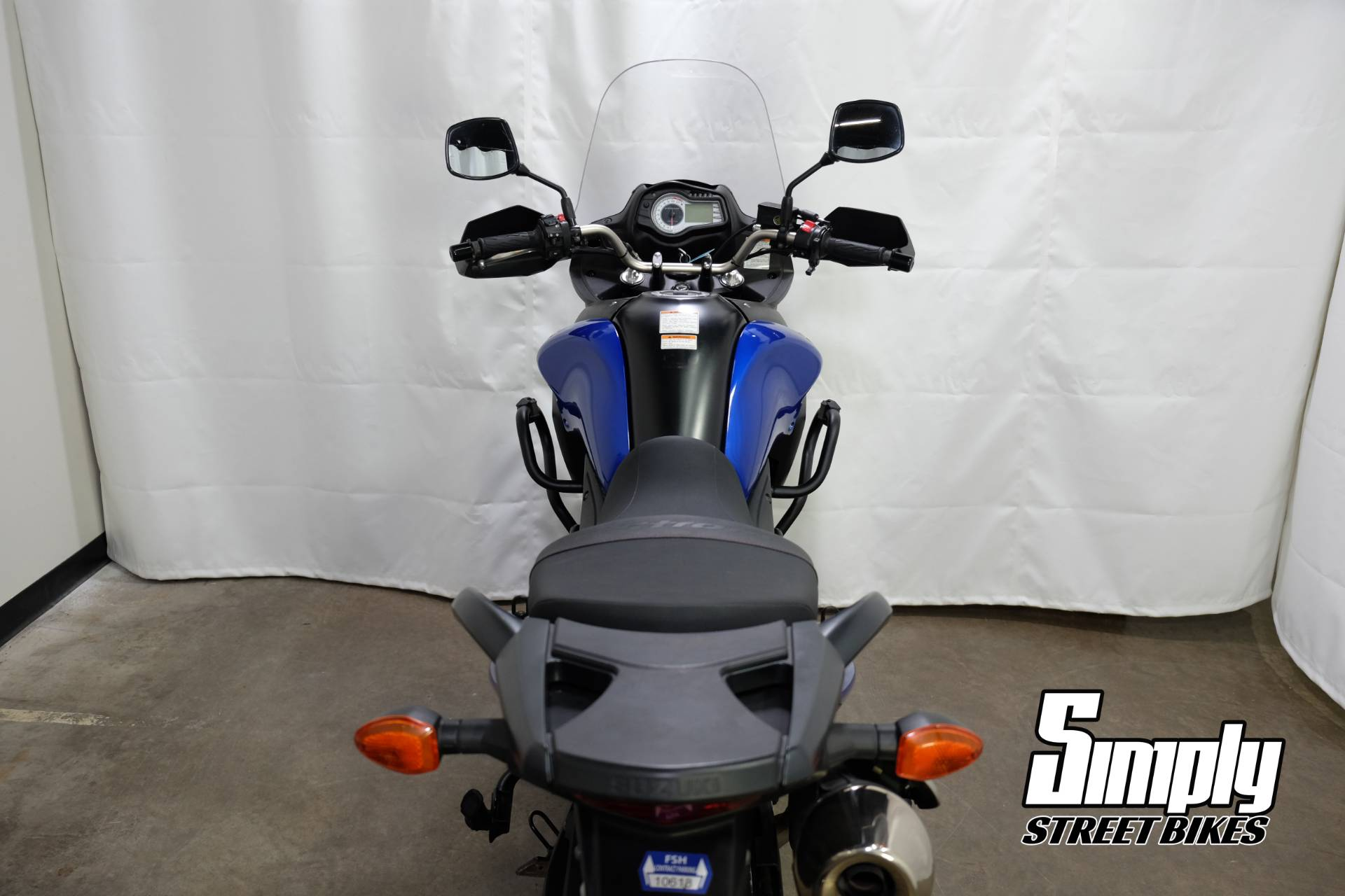 2013 Suzuki V-Strom 650 ABS in Eden Prairie, Minnesota - Photo 24