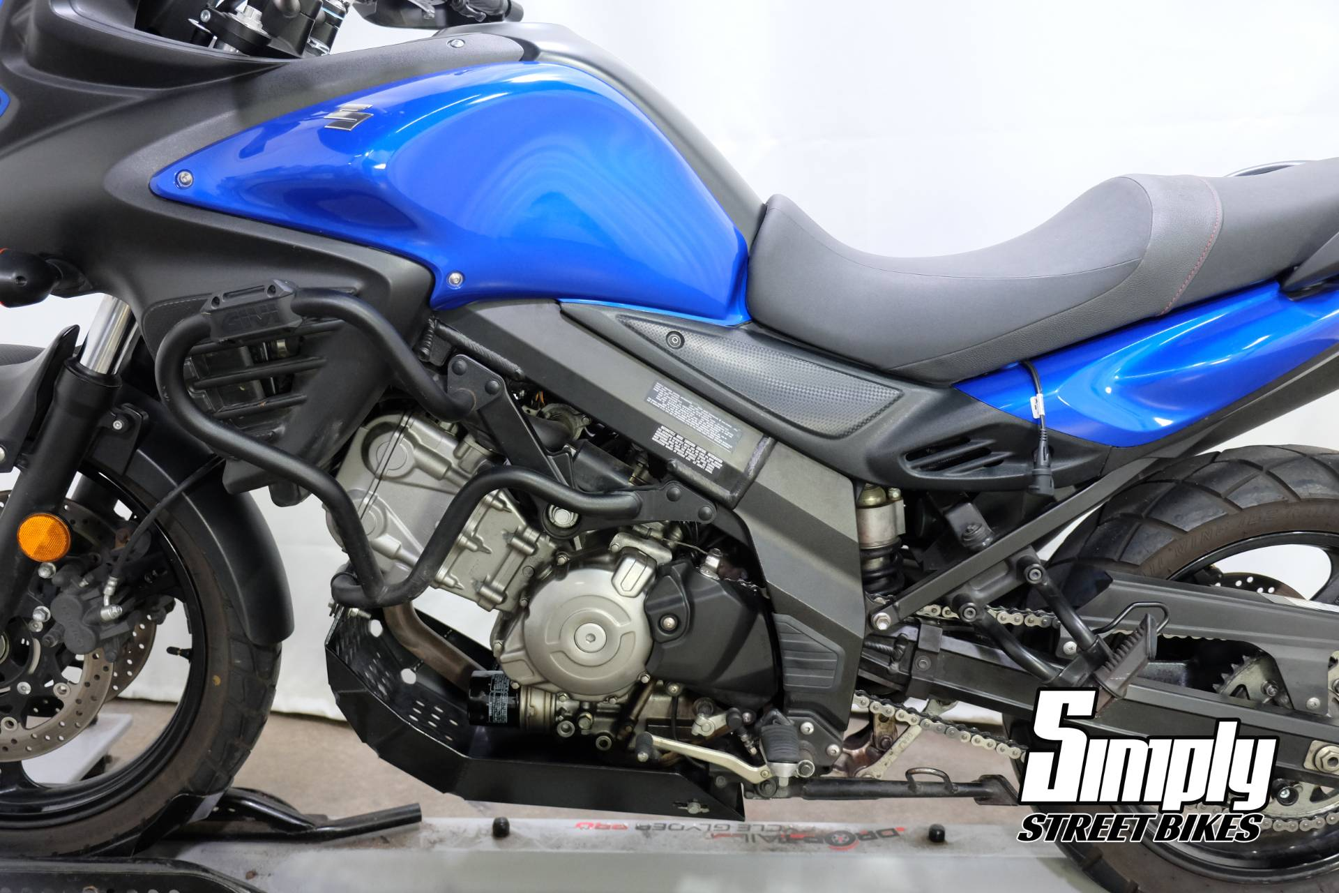 2013 Suzuki V-Strom 650 ABS in Eden Prairie, Minnesota - Photo 30