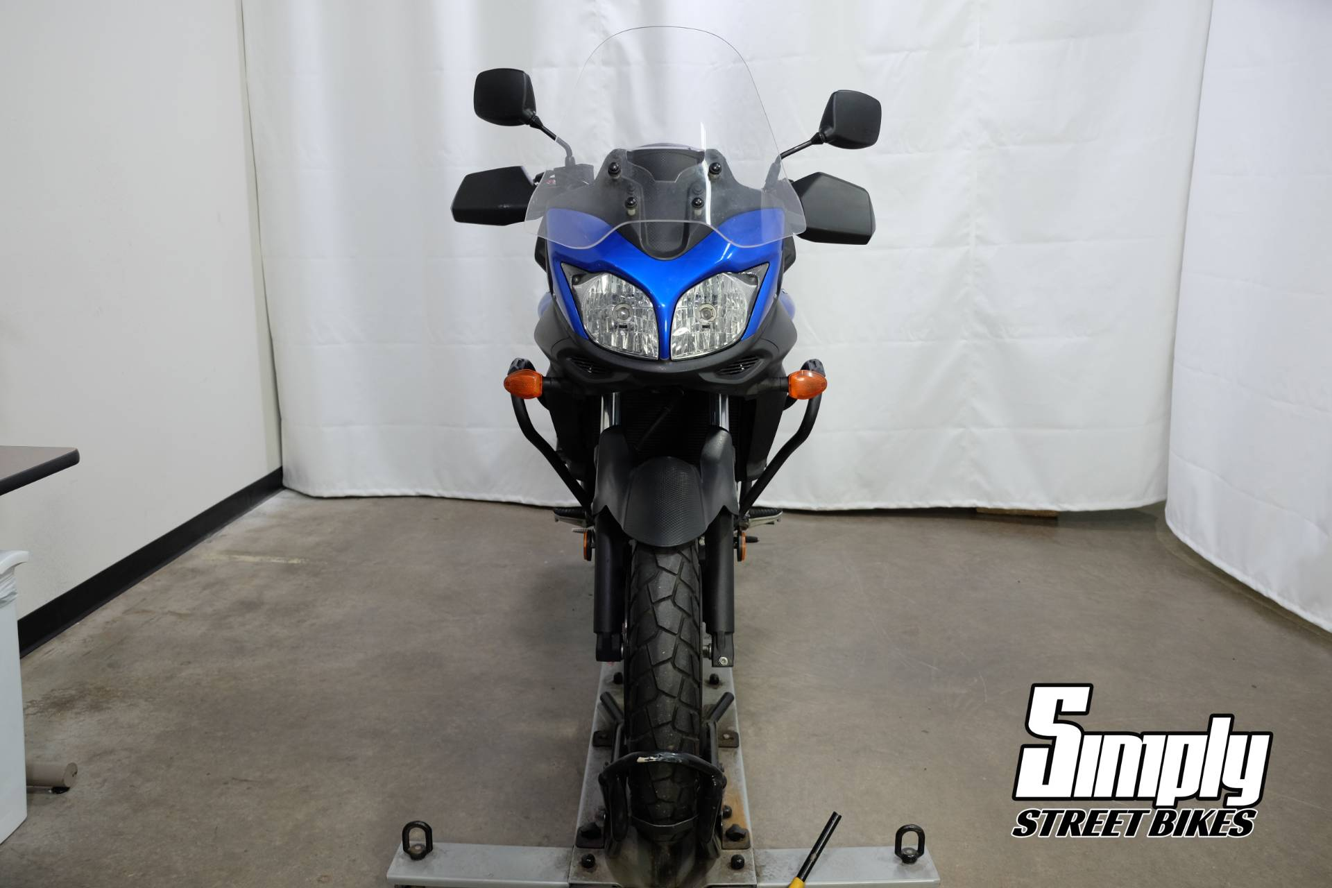 2013 Suzuki V-Strom 650 ABS in Eden Prairie, Minnesota - Photo 3