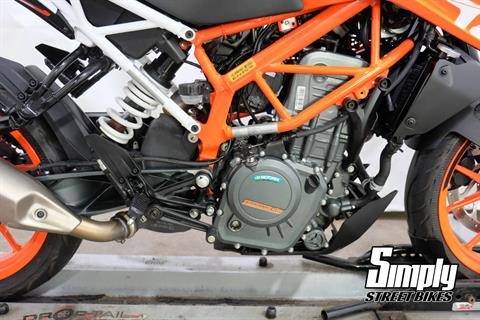 2017 KTM 390 Duke in Eden Prairie, Minnesota - Photo 23