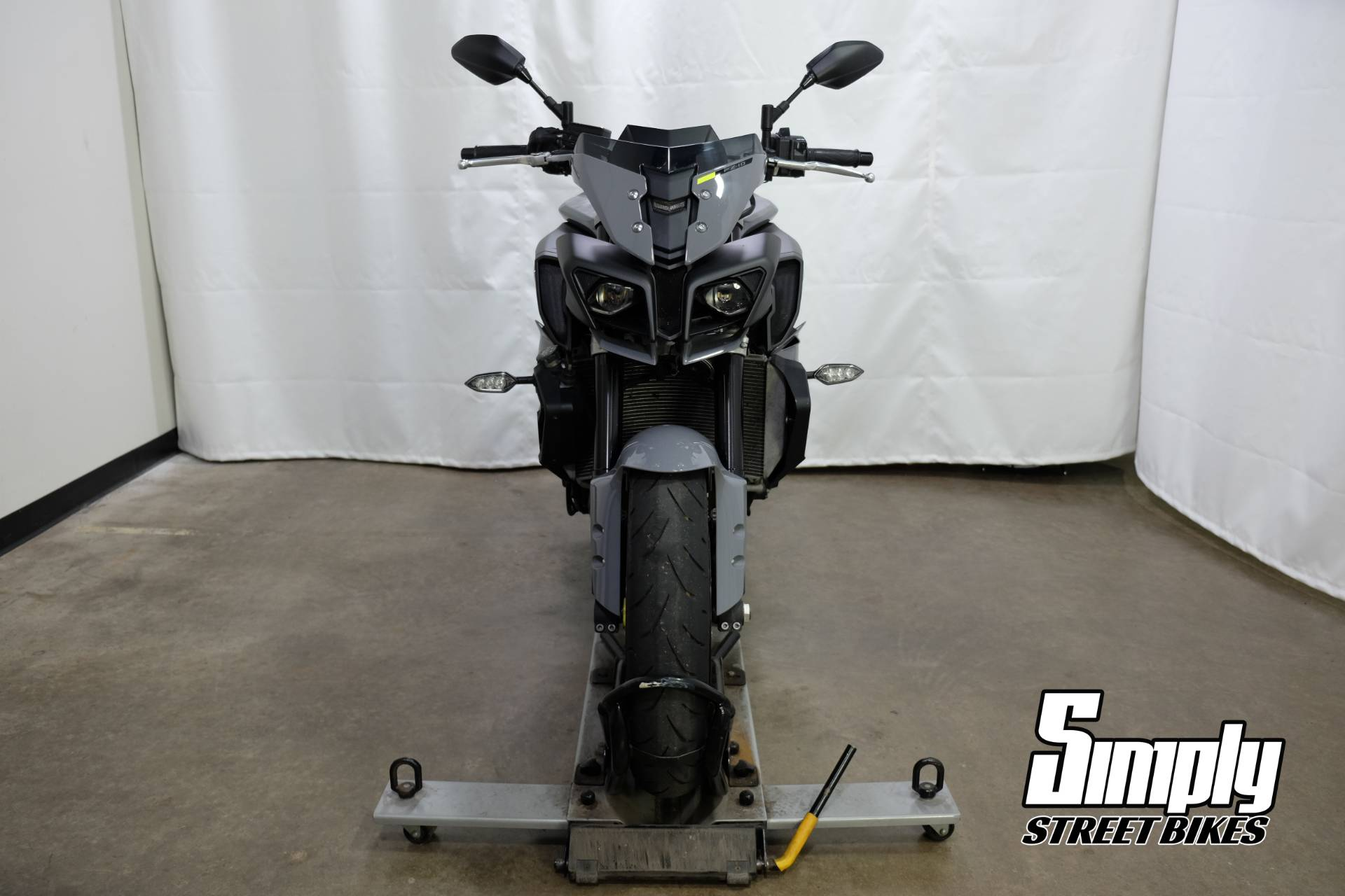 2017 Yamaha FZ-10 in Eden Prairie, Minnesota - Photo 3