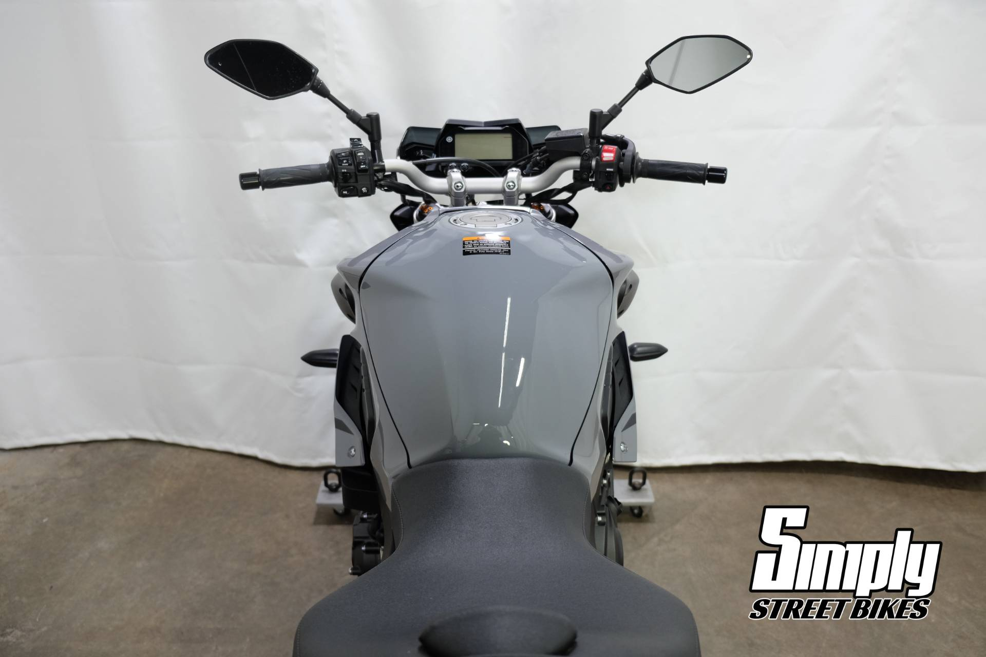 2017 Yamaha FZ-10 in Eden Prairie, Minnesota - Photo 27