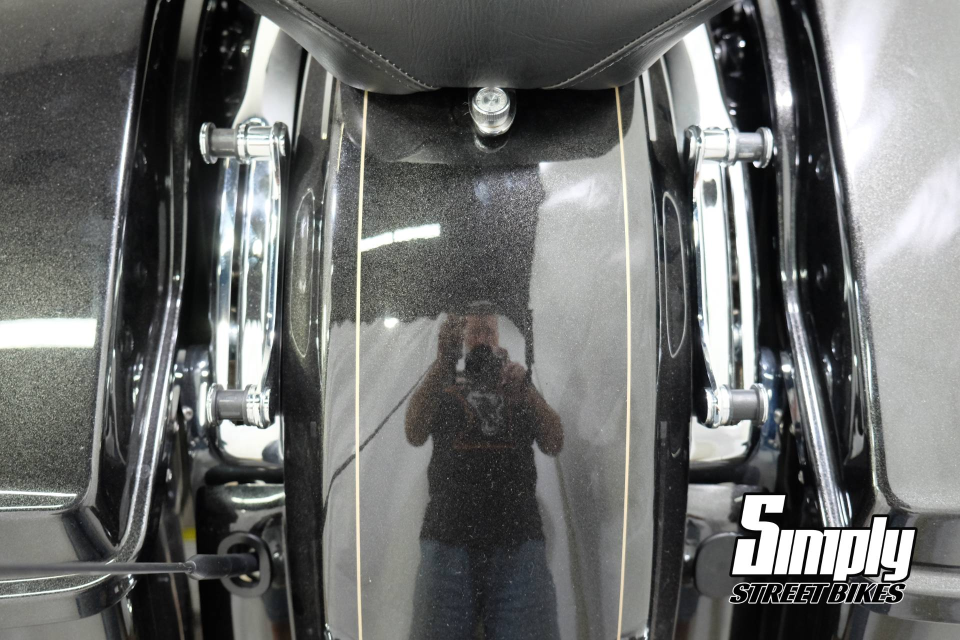 2016 Harley-Davidson Road Glide® Special in Eden Prairie, Minnesota - Photo 29
