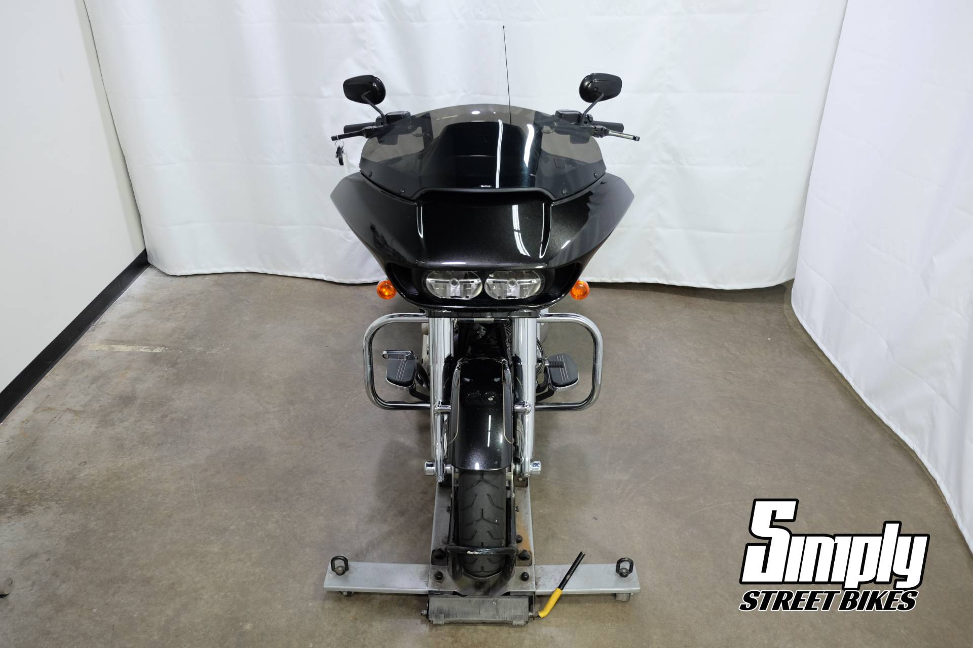 2016 Harley-Davidson Road Glide® Special in Eden Prairie, Minnesota - Photo 3