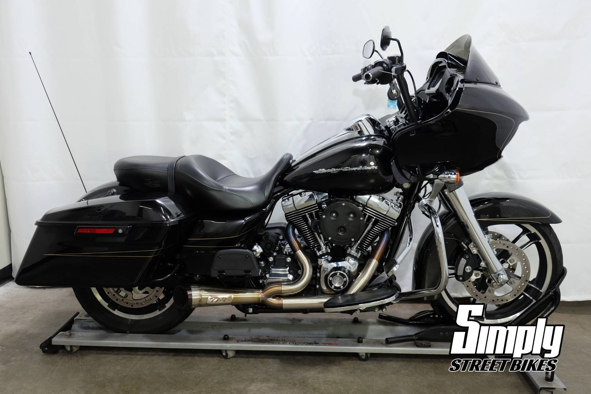 2016 Harley-Davidson Road Glide® Special in Eden Prairie, Minnesota - Photo 1