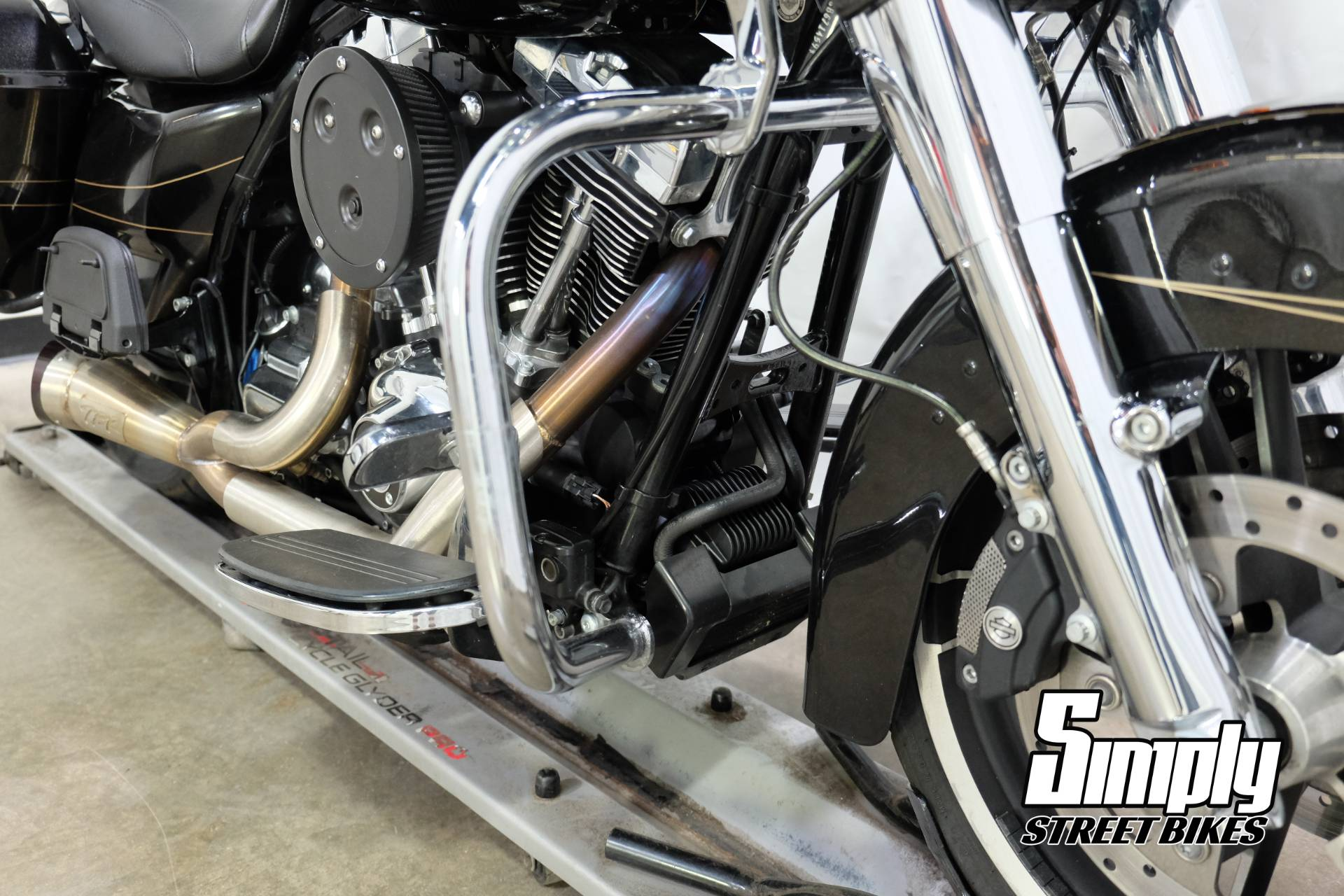 2016 Harley-Davidson Road Glide® Special in Eden Prairie, Minnesota - Photo 47