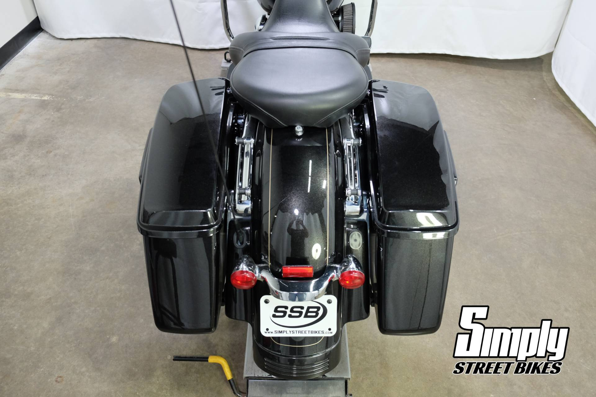 2016 Harley-Davidson Road Glide® Special in Eden Prairie, Minnesota - Photo 52