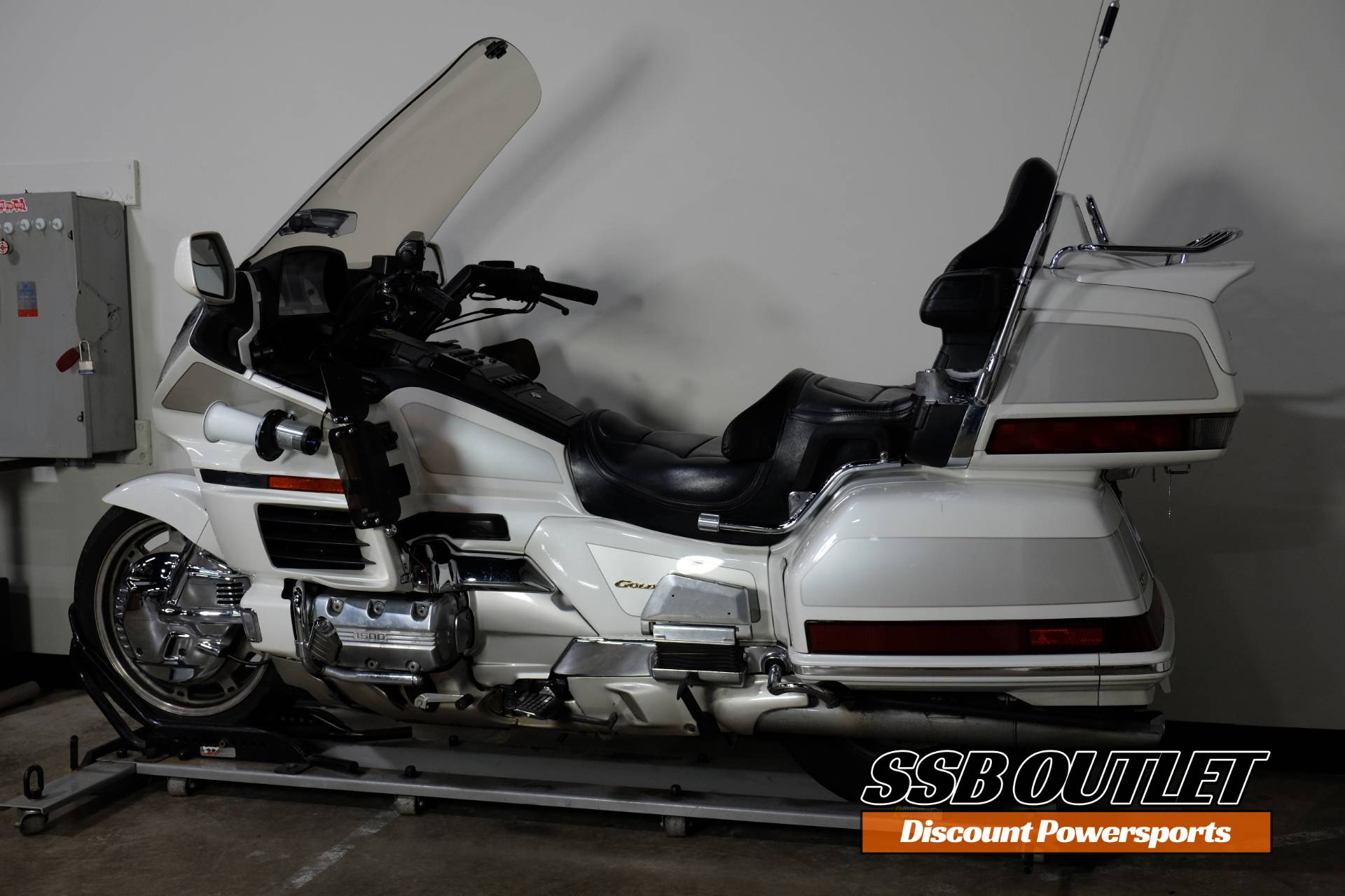 1999 Honda Gold Wing 1500 in Eden Prairie, Minnesota - Photo 5