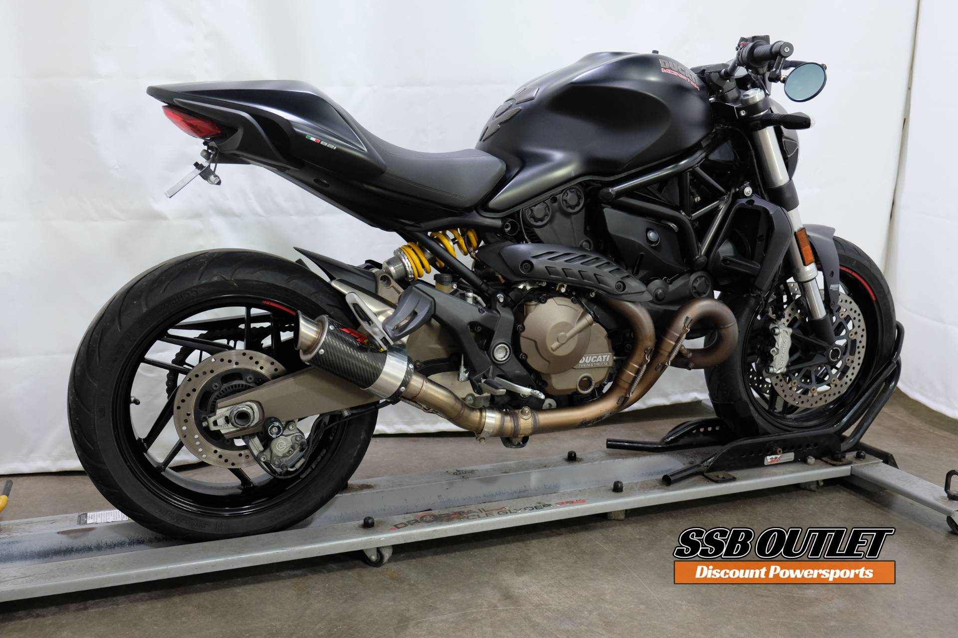 2015 Ducati Monster 821 Dark in Eden Prairie, Minnesota - Photo 6